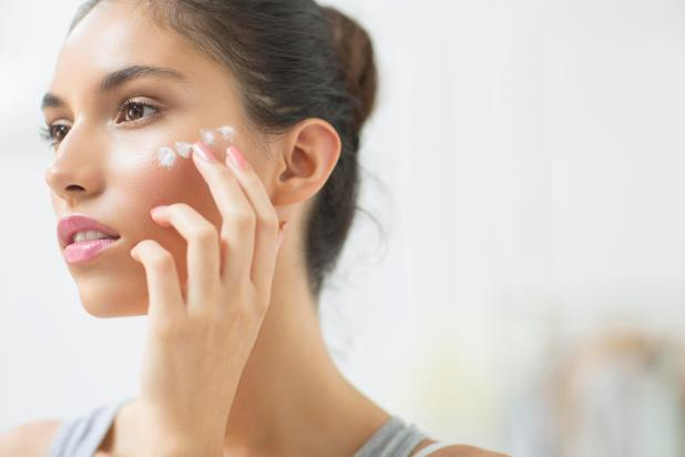 It seems that 25 may be a perfectly reasonable age to start using products to help prevent signs of ageing