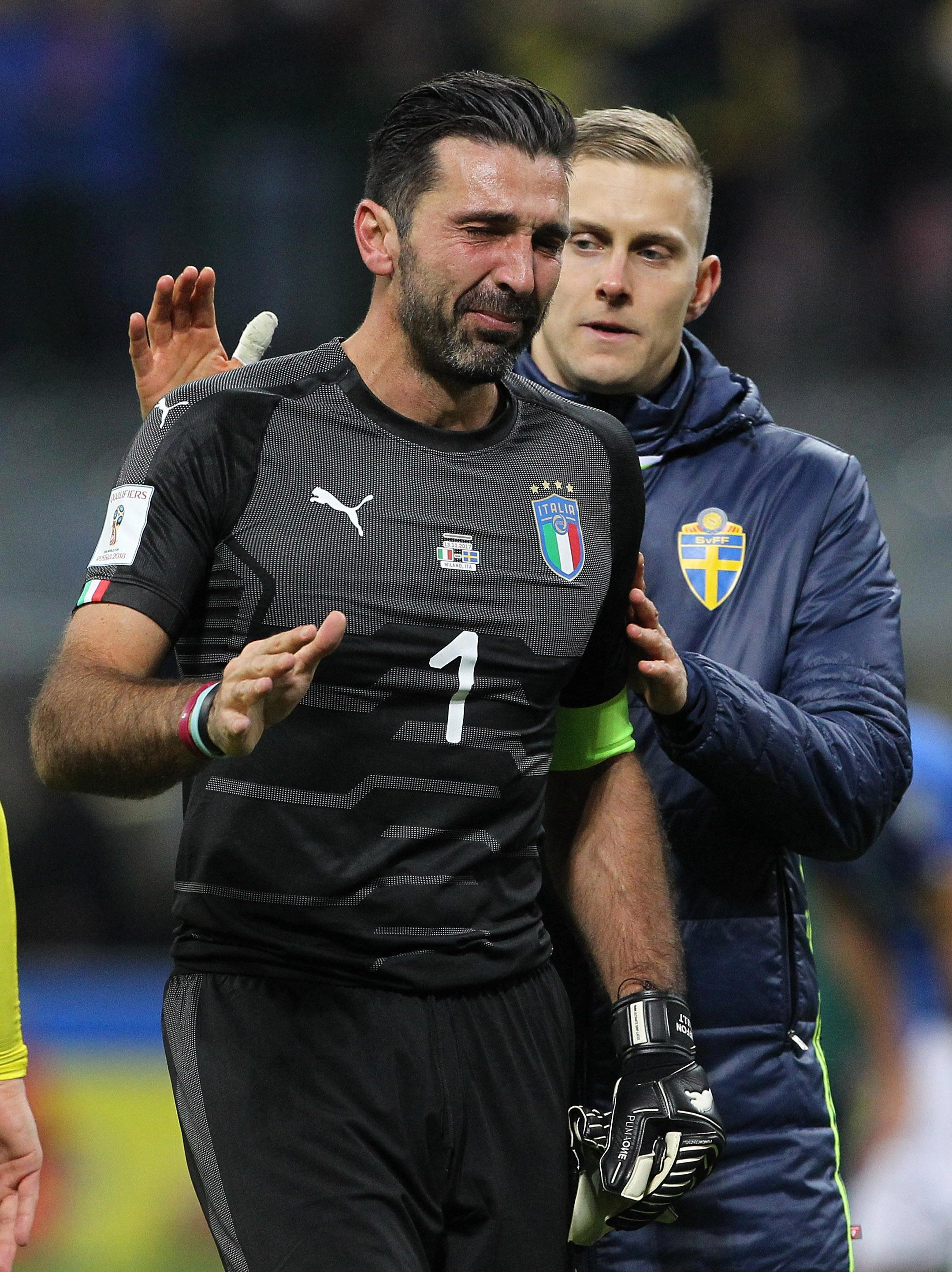 The Italy keeper apologised to fans after they failed to qualify for the World Cup