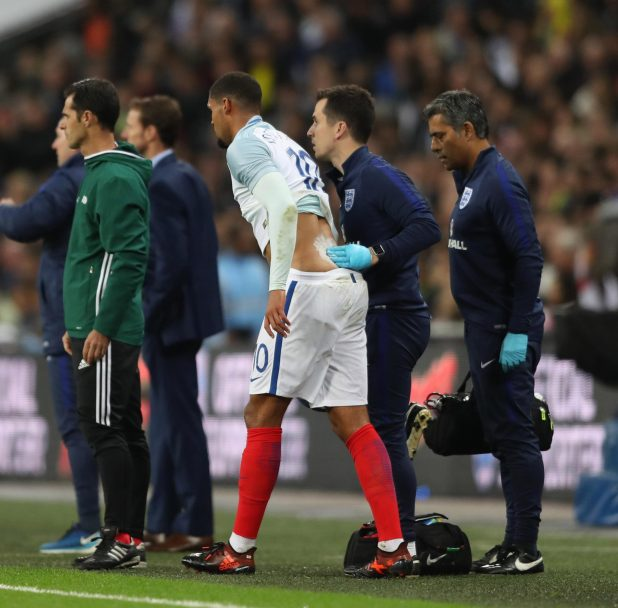 nintchdbpict000366927878 e1510693887296 - England 0 Brazil 0: Three Lions held to another goalless draw as Gareth Southgate's men struggle against Samba stars
