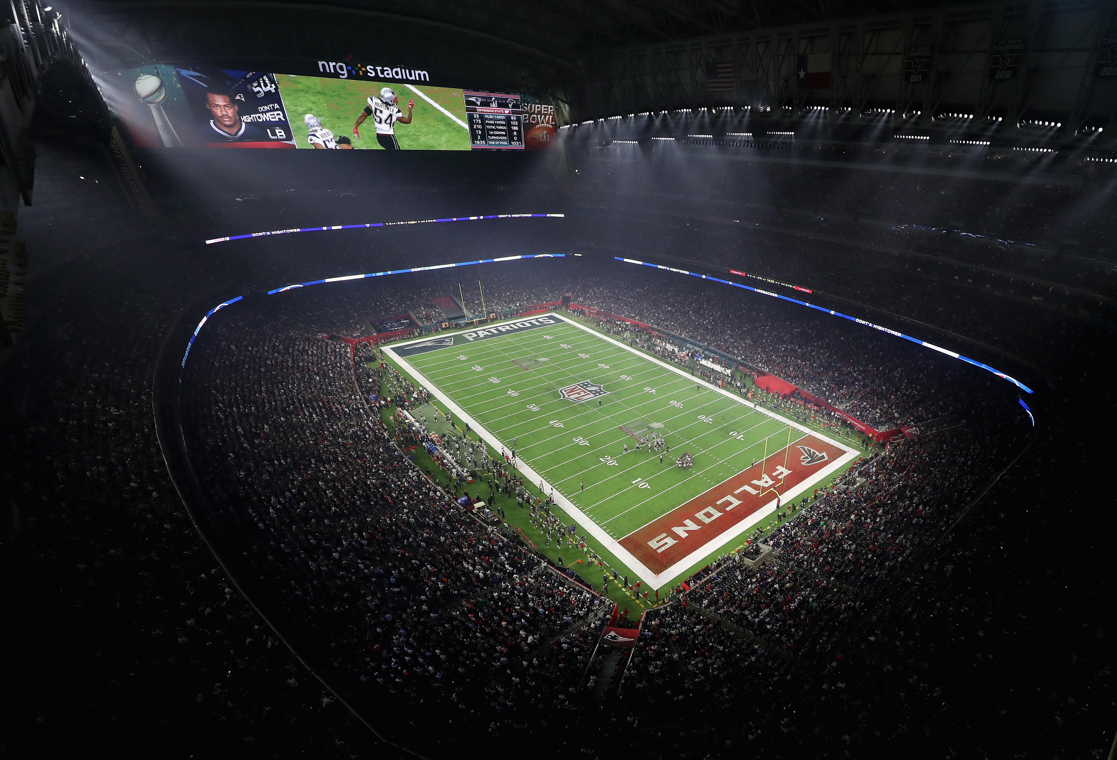 The field is 100 yards long, 53 yards wide and has 10 yard long endzones - where you score points