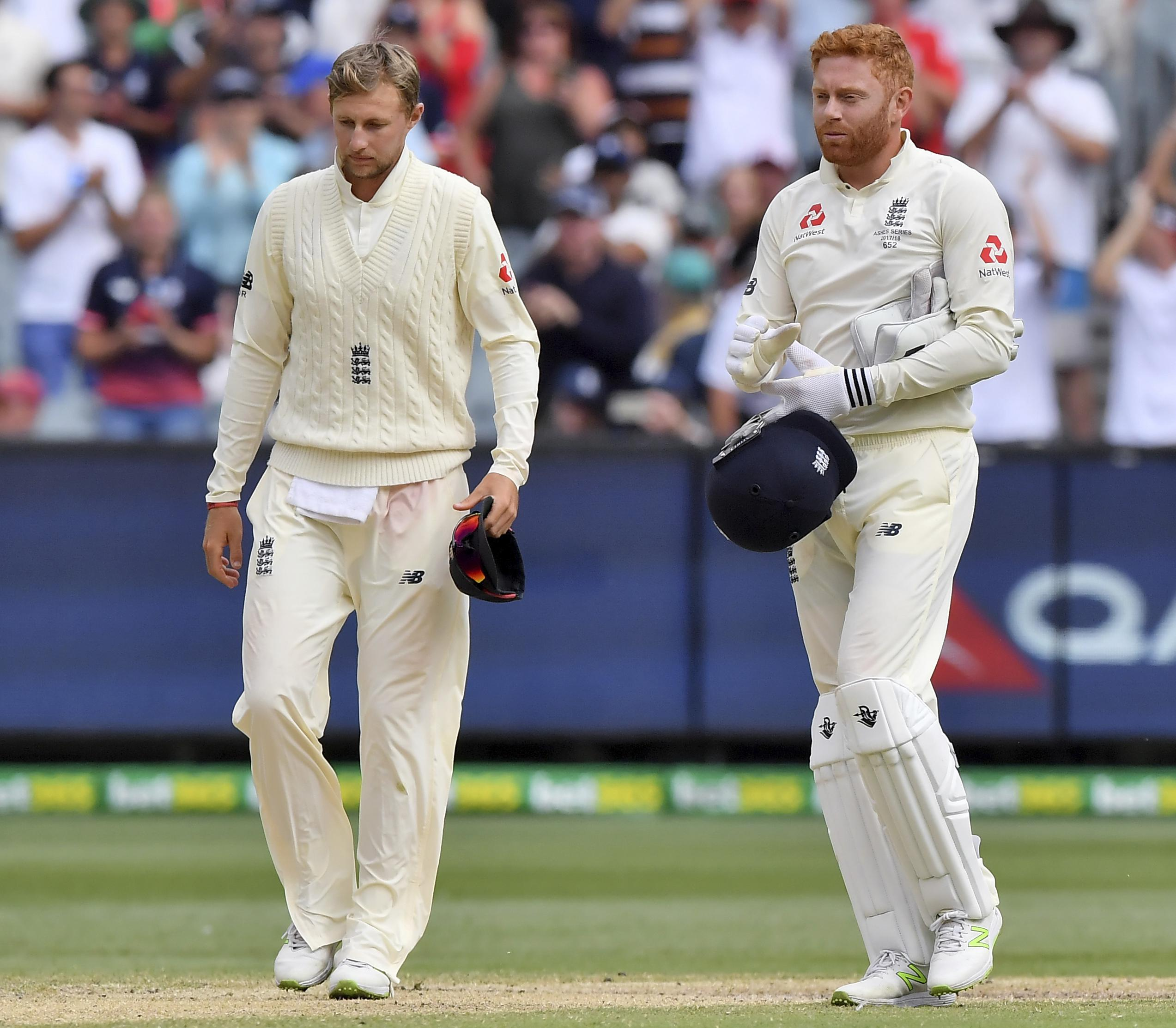 Disappointed Joe Root and Jonny Bairstow leave pitch at MCG after Fourth Test draw