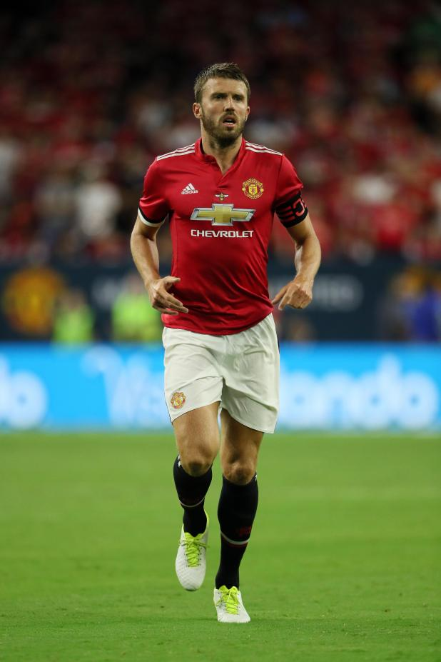 nintchdbpict000342067639 - Manchester United star Michael Carrick sends classy message to City rival David Silva