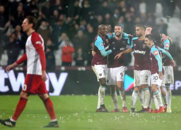 nintchdbpict000375846828 e1514930385511 - West Ham 2 West Brom 1: Watch highlights as Andy Carroll bags 94th-minute winner to seal dramatic three points for Hammers