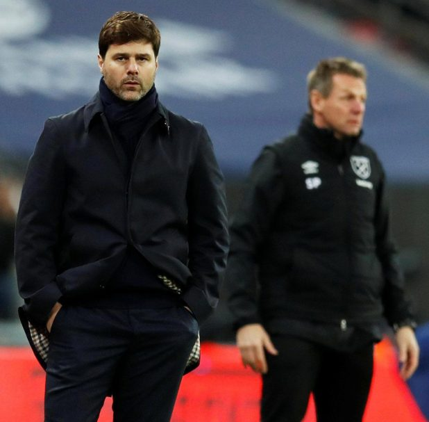 nintchdbpict000376177748 e1515452661480 - Harry Kane reveals he's had no contract talks with Tottenham and is not aware of any soon – despite boss Mauricio Pochettino warning Spurs chiefs to look after him