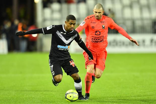 nintchdbpict0003786281161 - Tottenham set to land Malcom ahead of Arsenal in stunning £44m deal from Bordeaux