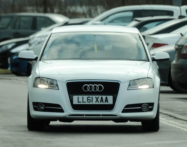 nintchdbpict000380405876 - Man United's £505,000-a-week star Alexis Sanchez drives car worth more than the motors of entire Yeovil team