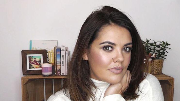 This Morning Makeup Artist Behind Holly
