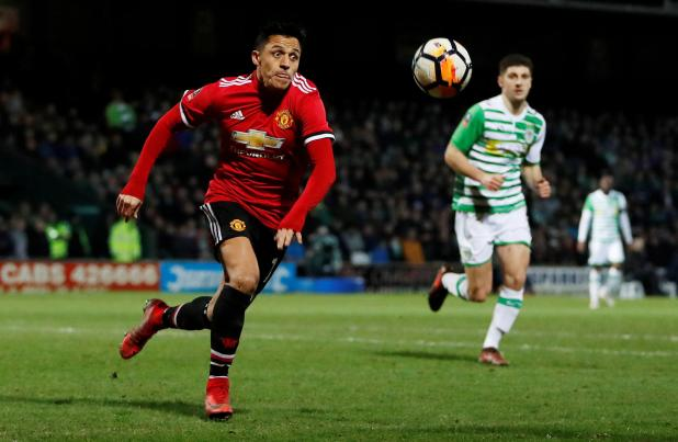 nintchdbpict0003809287553 - David Beckham stunned Arsenal sold Alexis Sanchez to Manchester United… and reckons Chilean striker will be a massive hit at Old Trafford