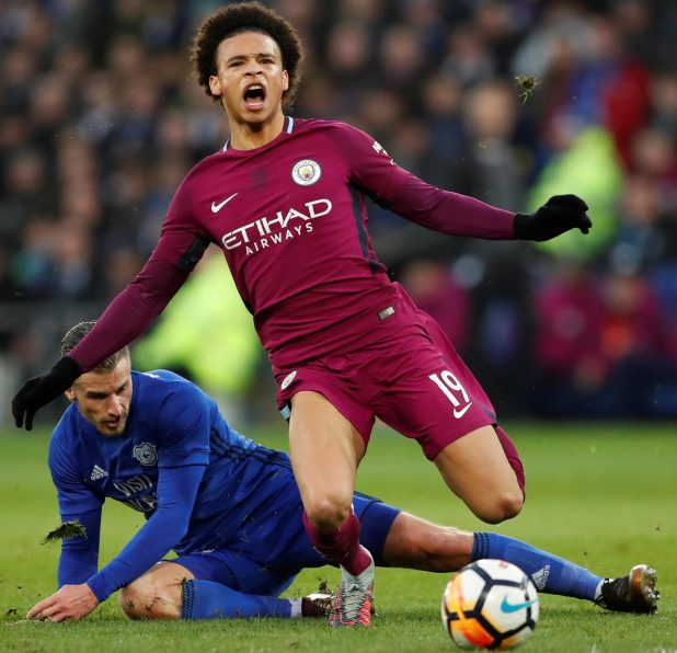 nintchdbpict000381270090 e1517162025747 - Pep Guardiola berated referee Lee Mason for failing to protect Man City players like injured Leroy Sane
