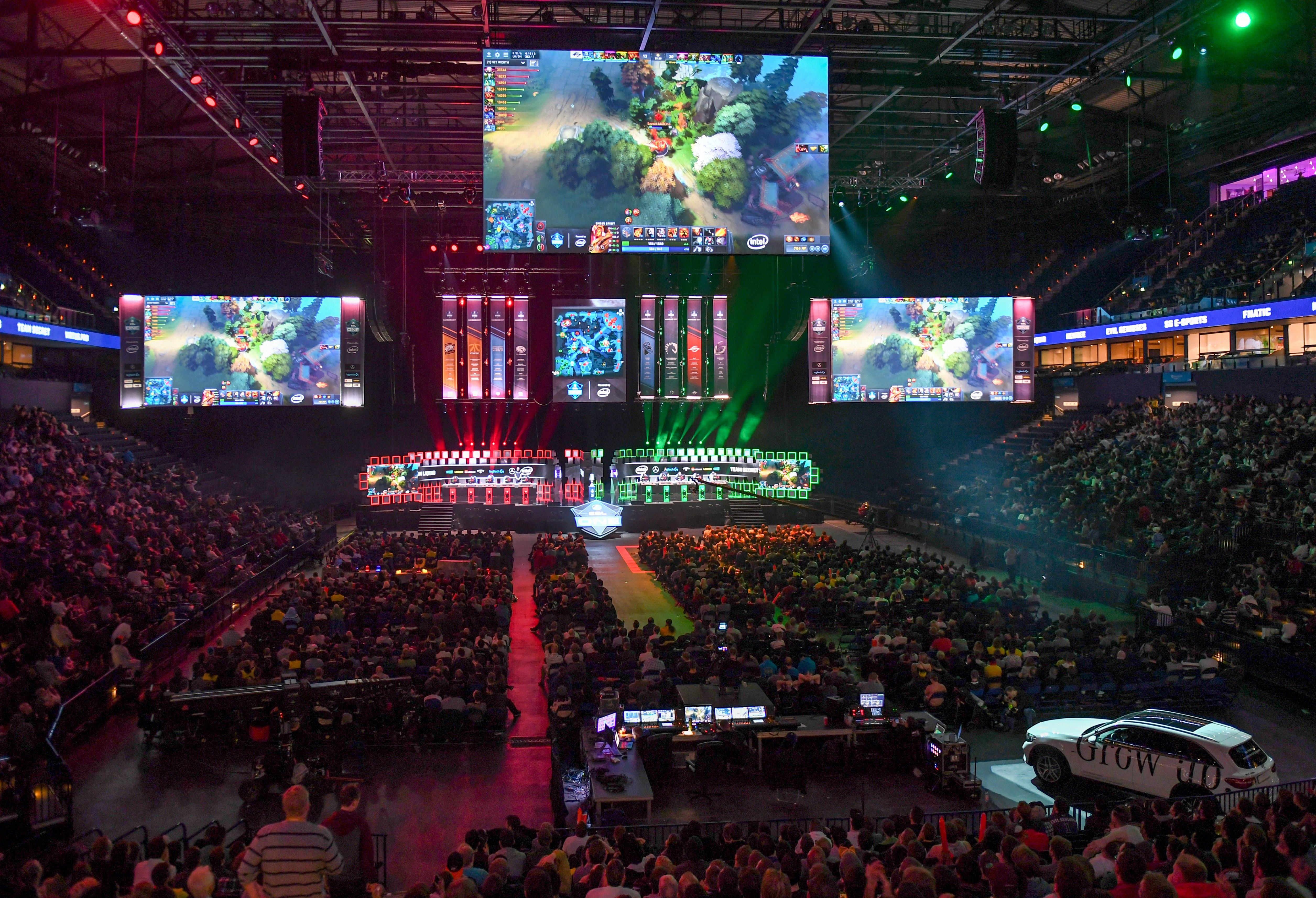 Gullit admits he was first shocked at the size and popularity of eSports - but it opened his eyes