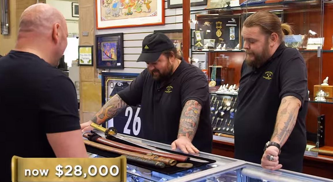 Vegas fight chief Dana White discusses purchases with pals Chumlee and Big Hoss