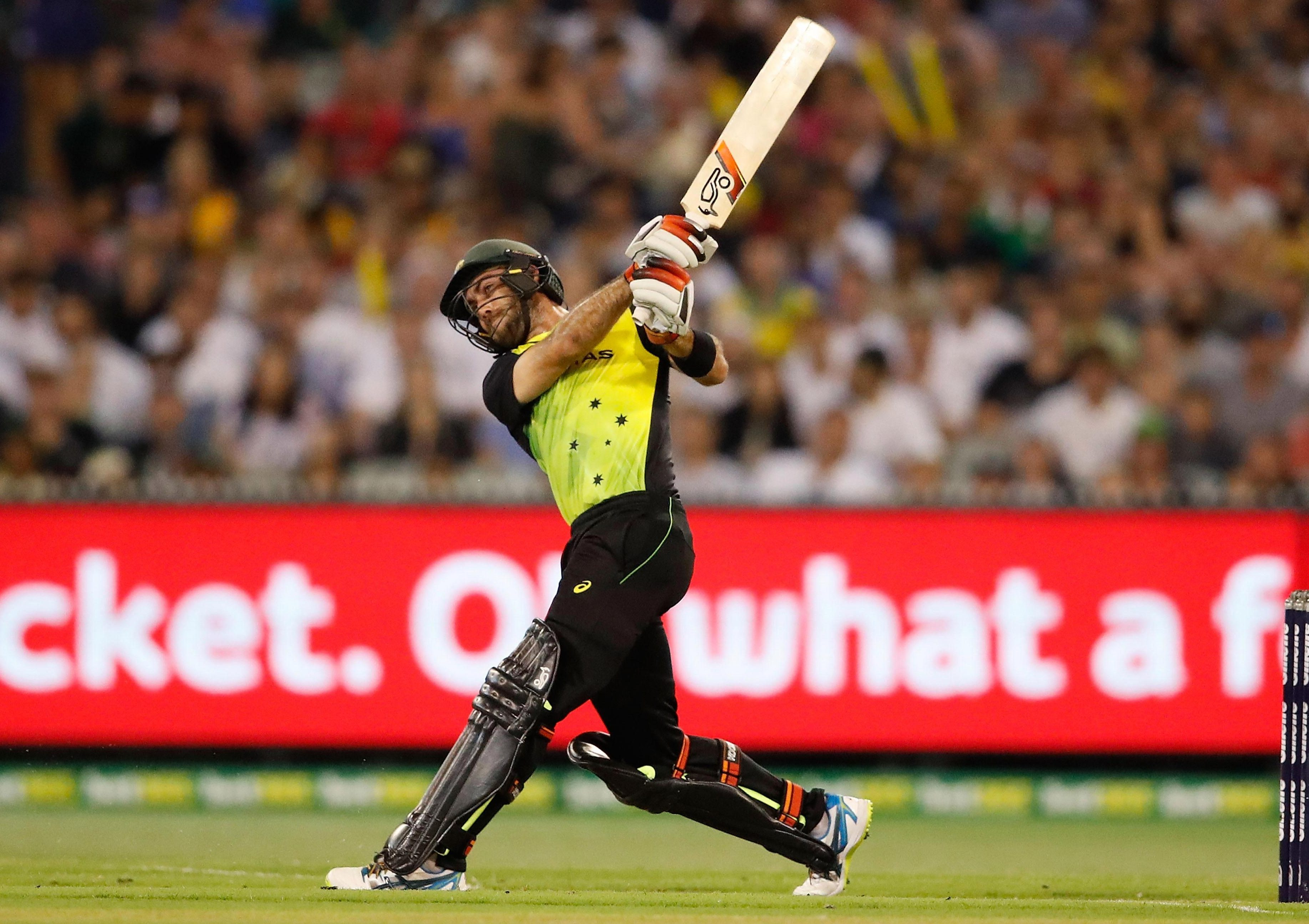 Glenn Maxwell blasted a rapid 39 from just 26 balls en route to victory