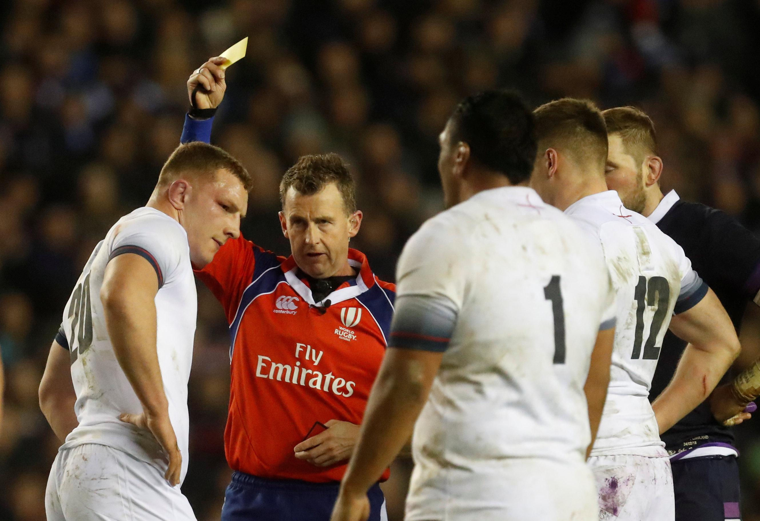 England's Sam Underhill is shown a yellow card as he was sin binned