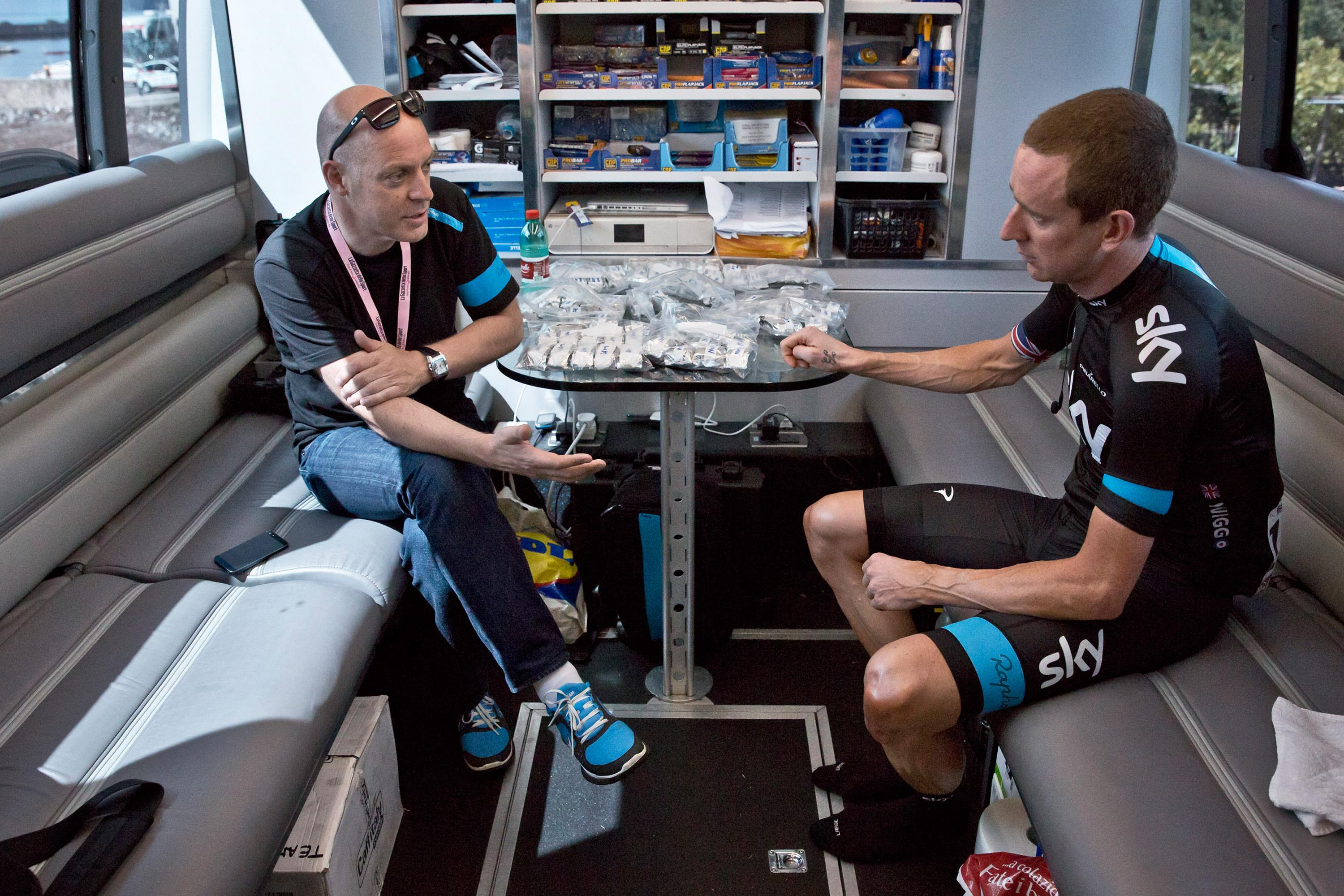 Sir Dave Brailsford should quit Team Sky and British cycling after the controversy