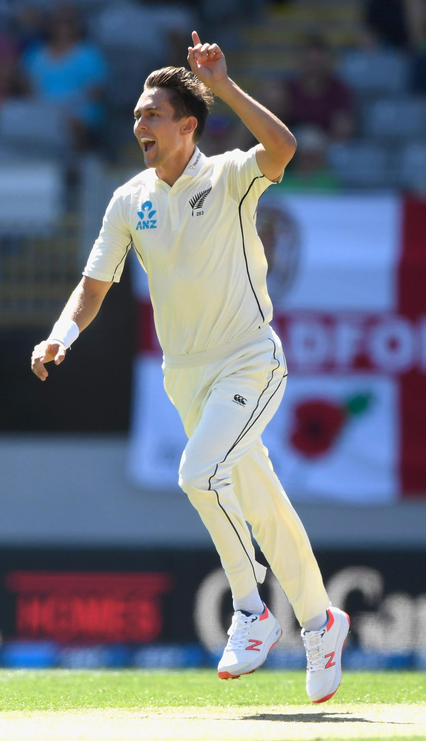 Boult celebrates taking Root's wicket
