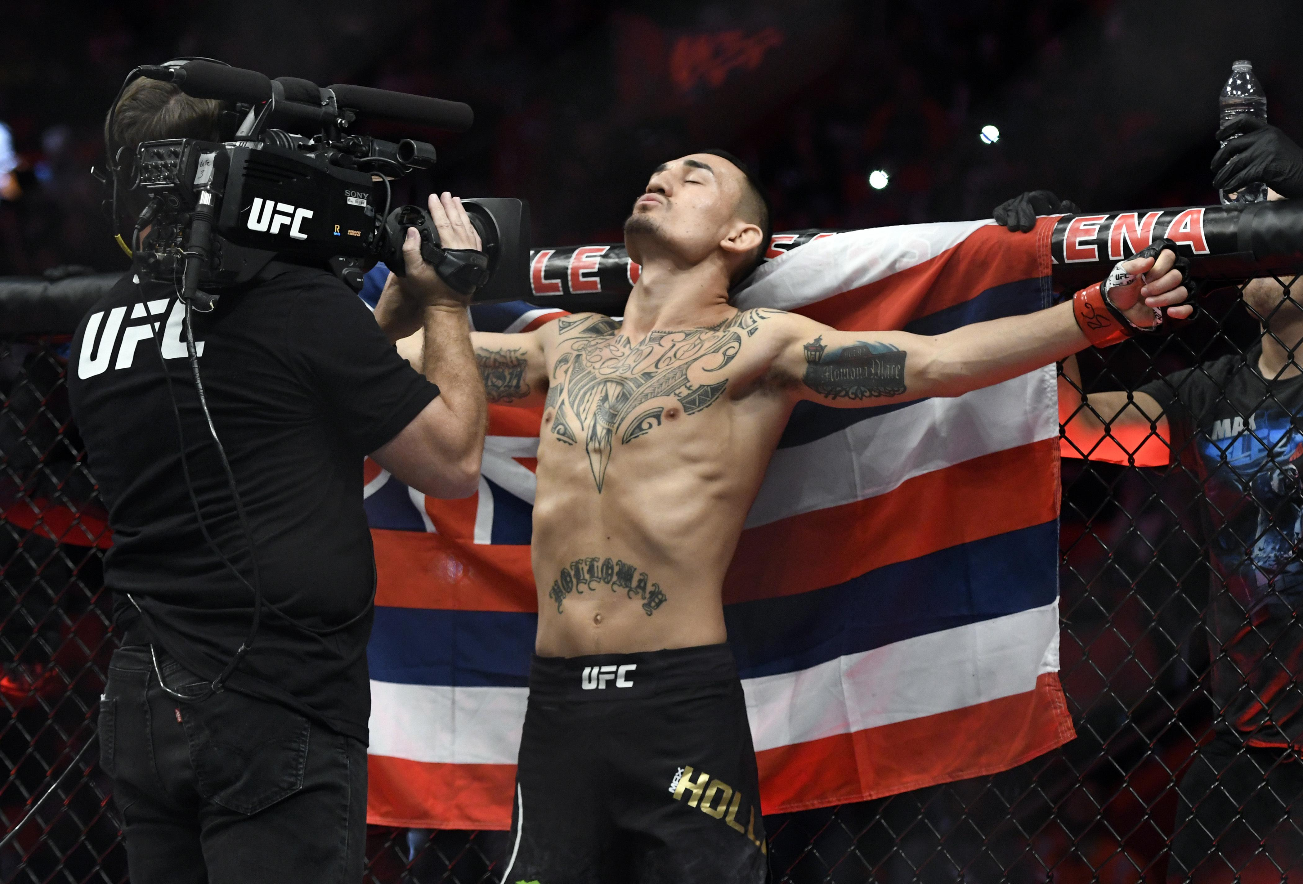 Max Holloway agreed to step up a weight class in order to fight Russian Khabib Nurmagomedov but was pulled