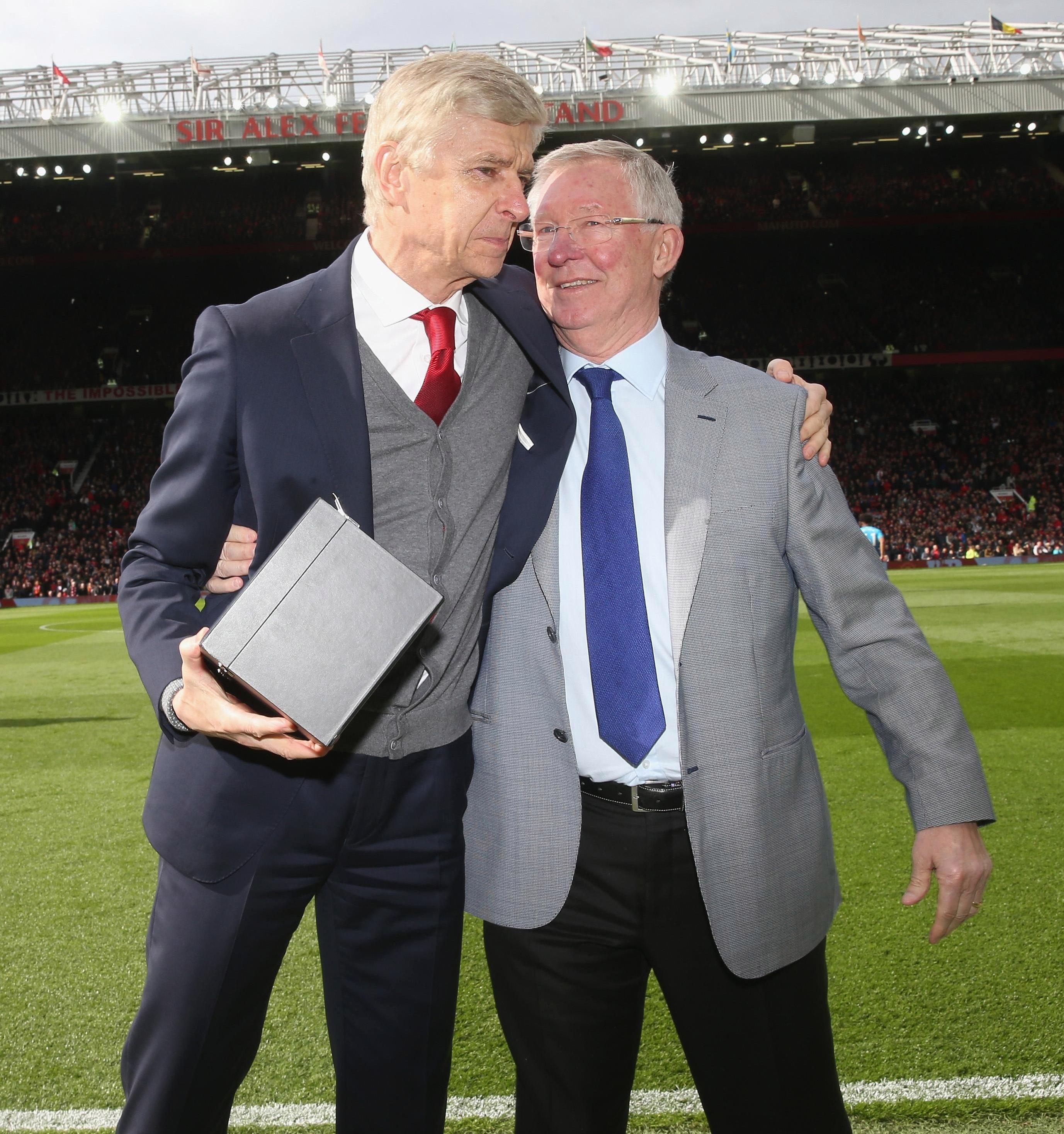 Sir Alex Ferguson handed Arsene Wenger a gift ahead of the game