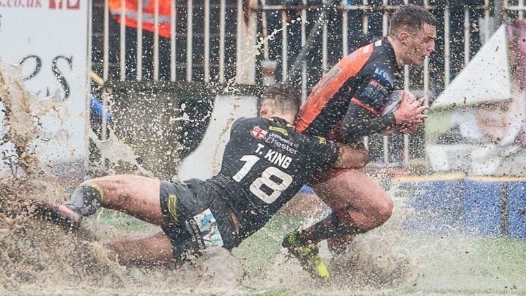 Castleford and Warrington played through a flood