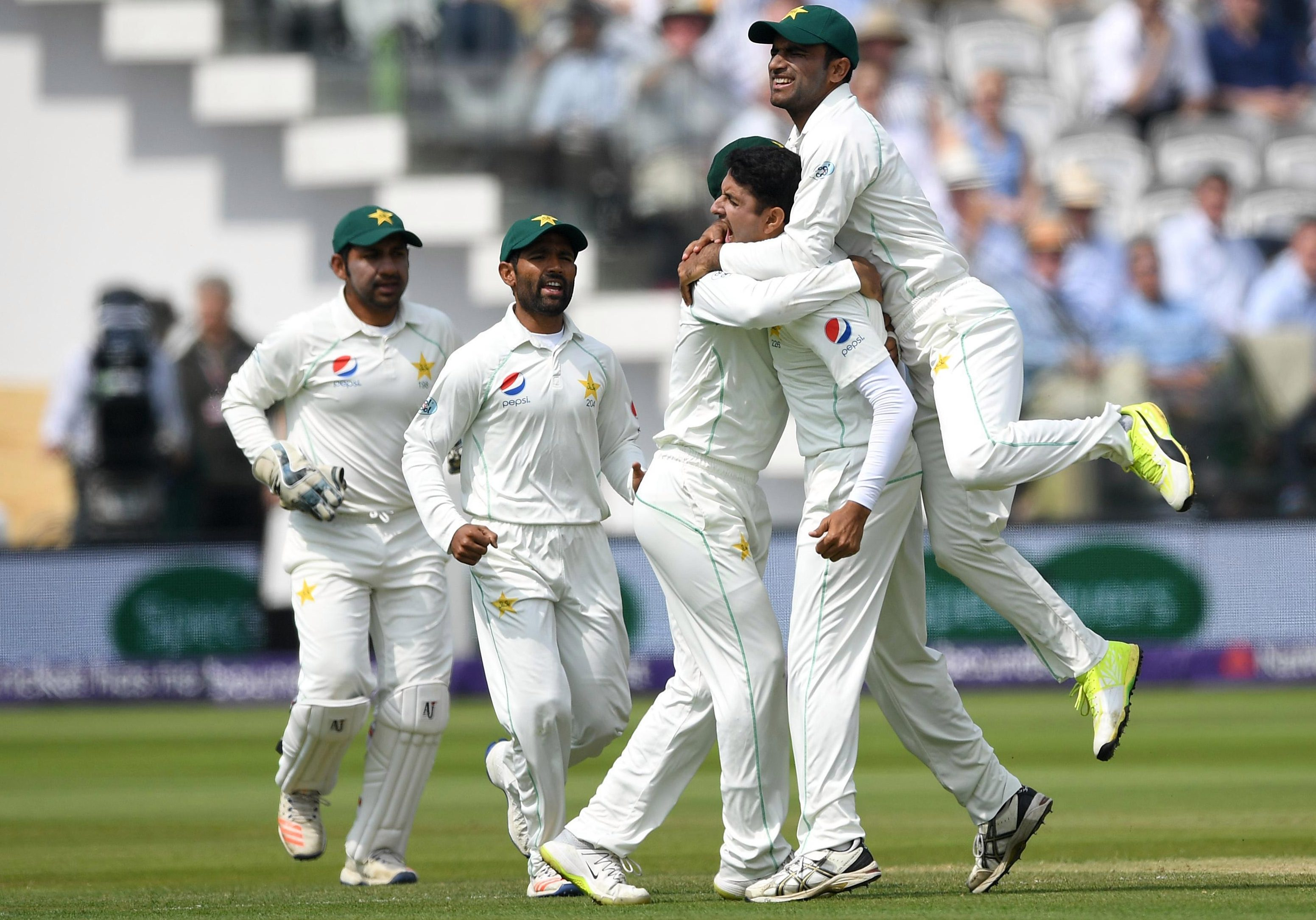 Pakistan bowled brilliantly to go through the England tail as they cruised to victory in the First Test