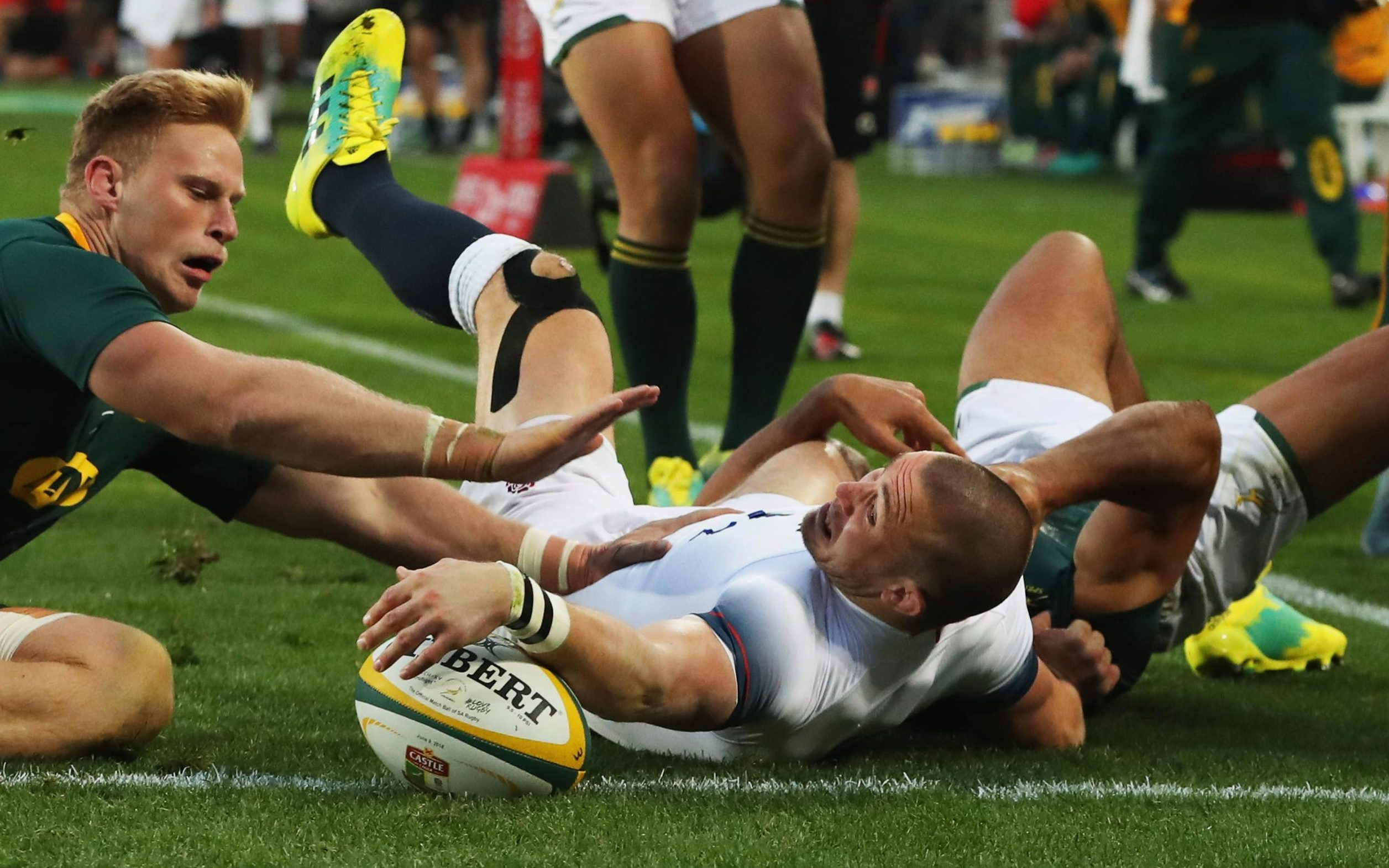 Mike Brown scored the opening try of the match for England against South Africa