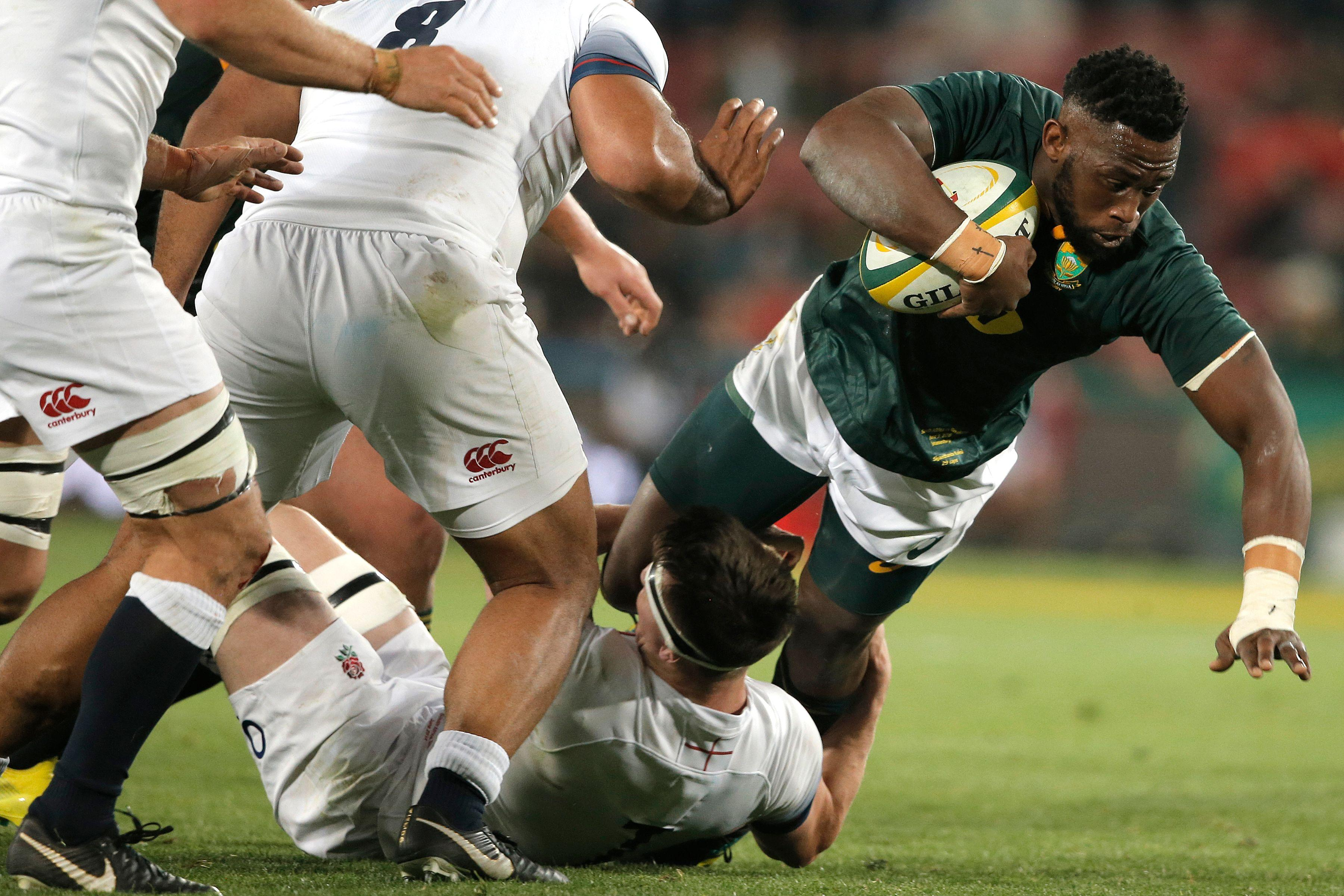Siya Kolisi was making history as he become the first black player to captain the Springboks