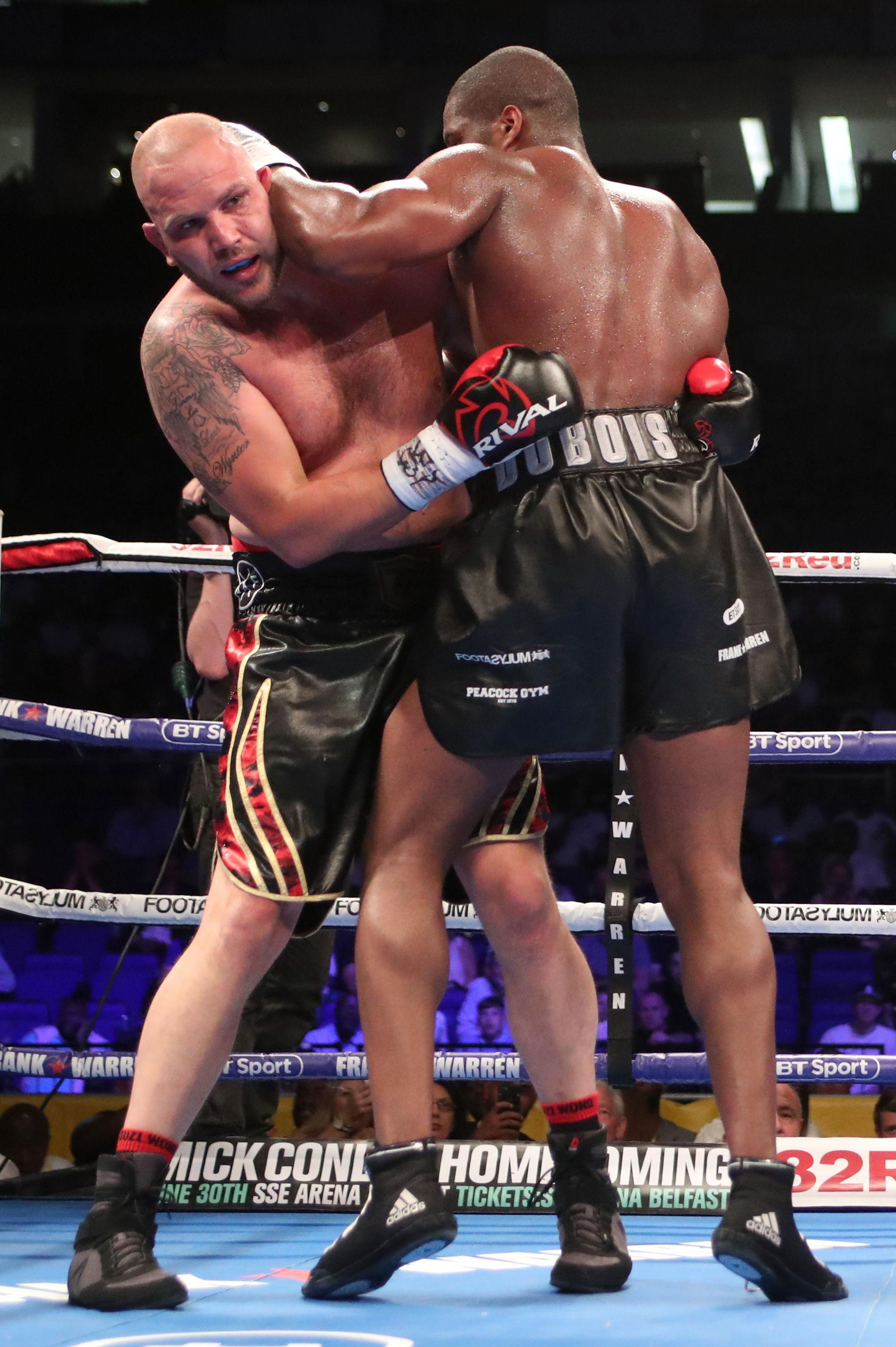 Daniel Dubois secured a fifth round victory over Tom Little