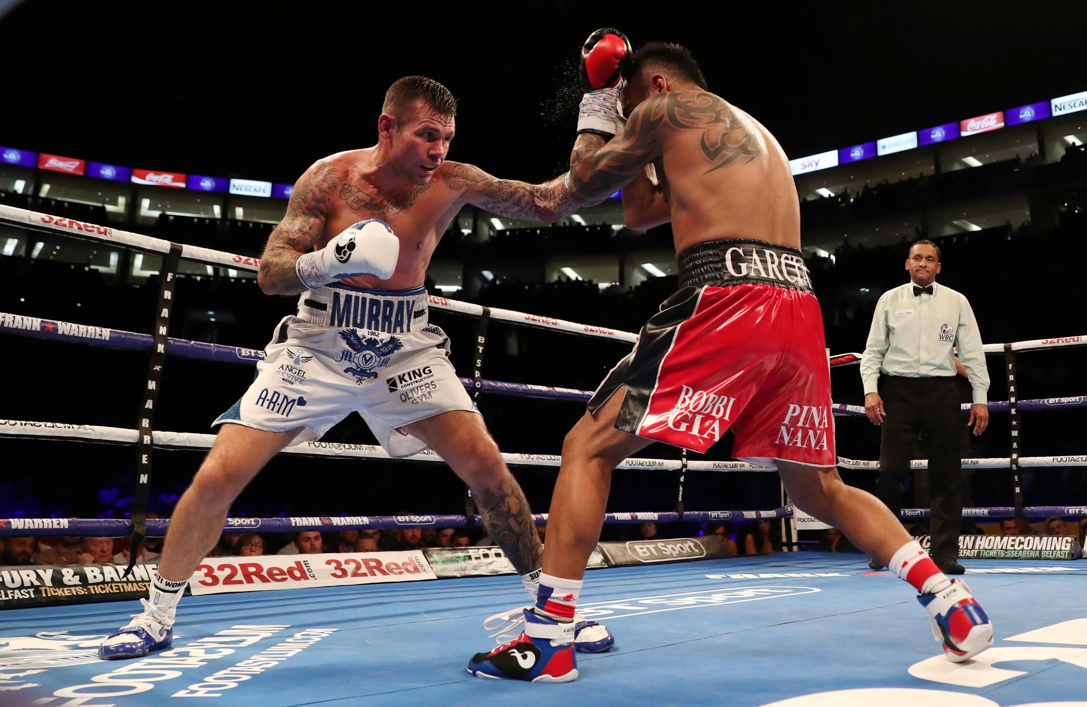 Martin Murray beat Roberto Garcia to end his eight-year unbeaten and win the WBC 'silver' title