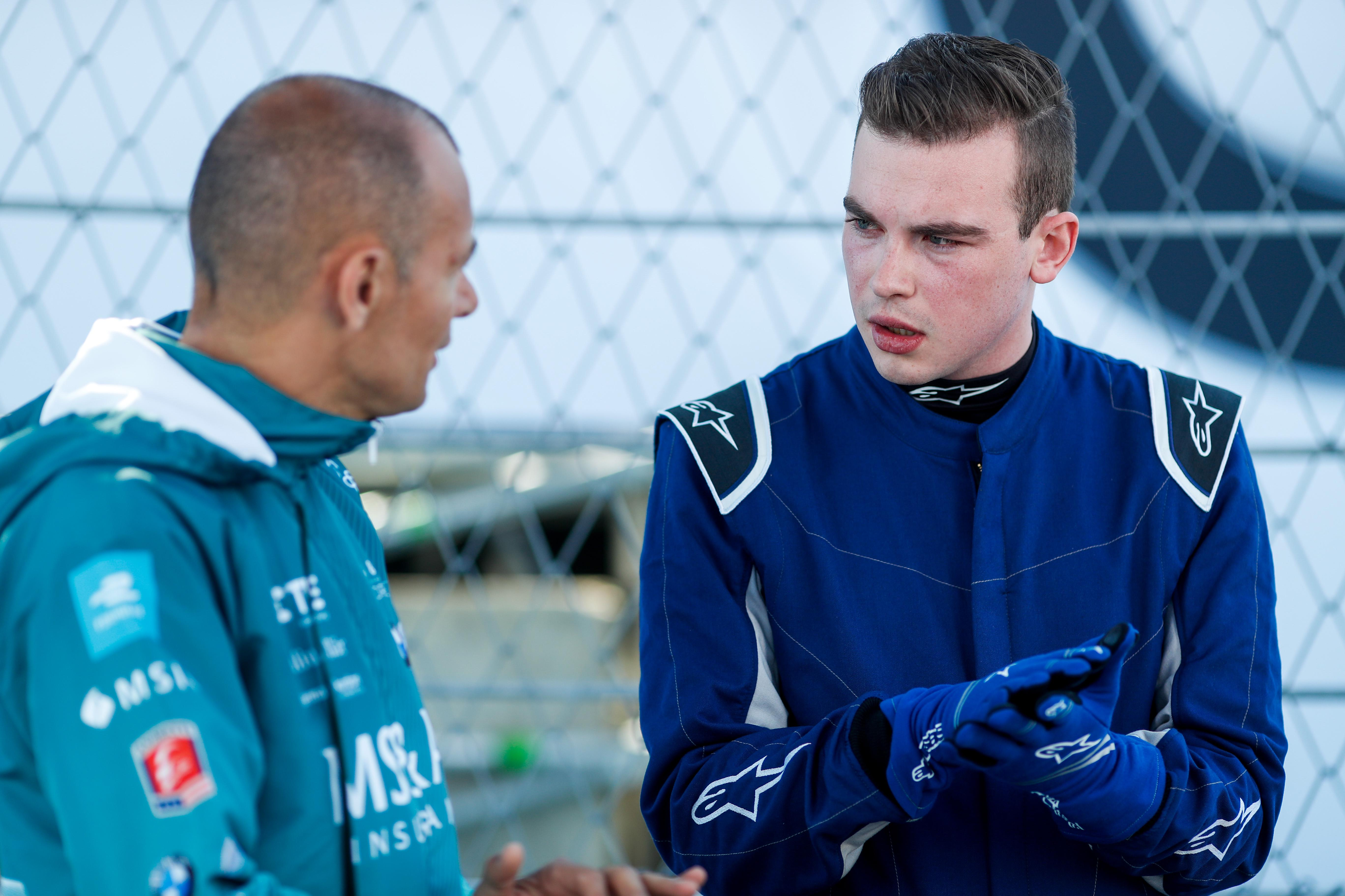 Stephane Sarrazin gave me tips and spoke about the track in detail before we got started