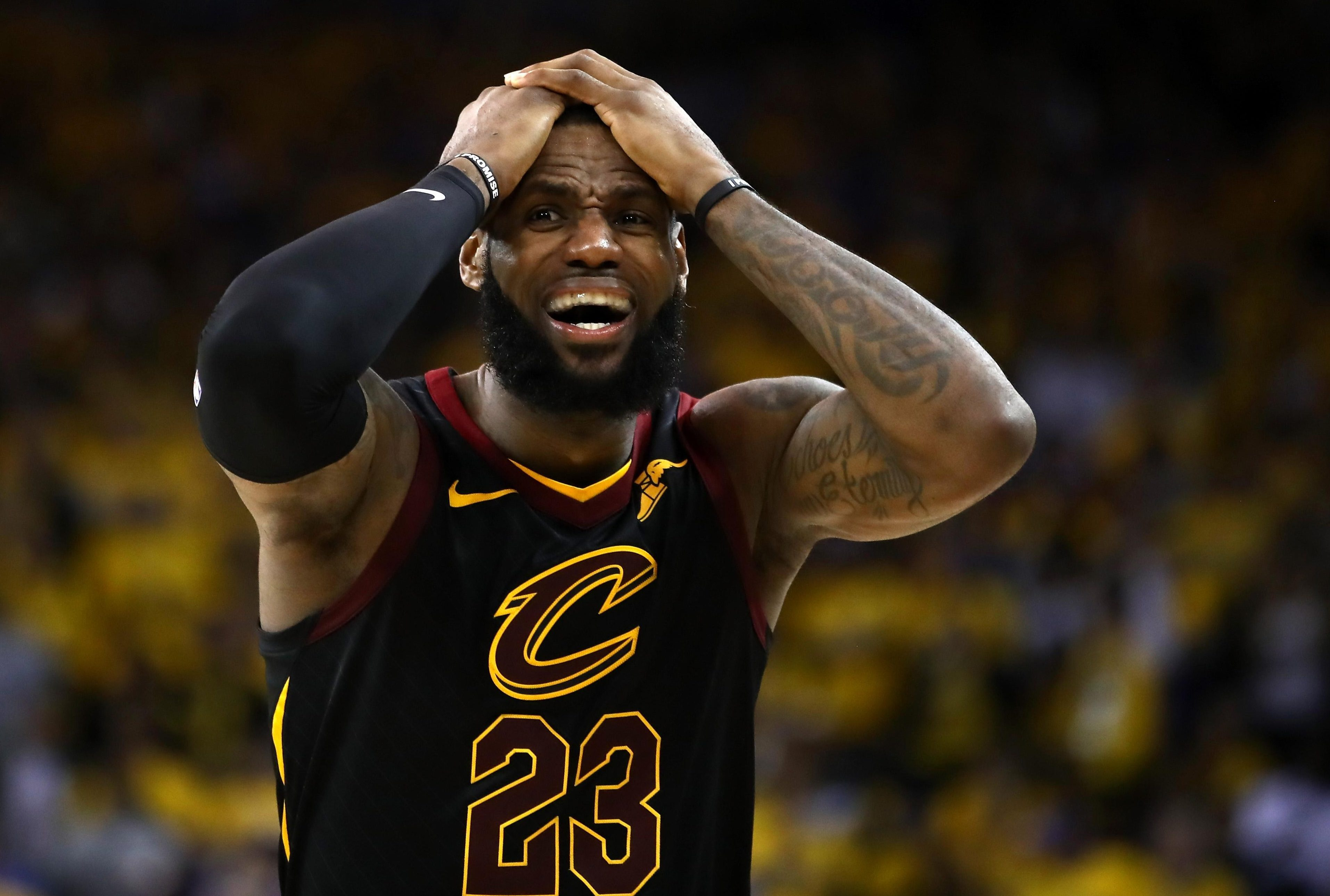 LeBron put up a heroic 51 points but his Cleveland Cavaliers still managed to lose to the Golden State Warriors