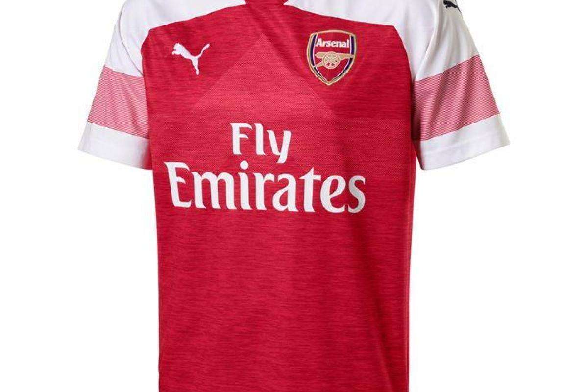 bb181b538 The cheapest place to buy Arsenal s 2018 19 kit