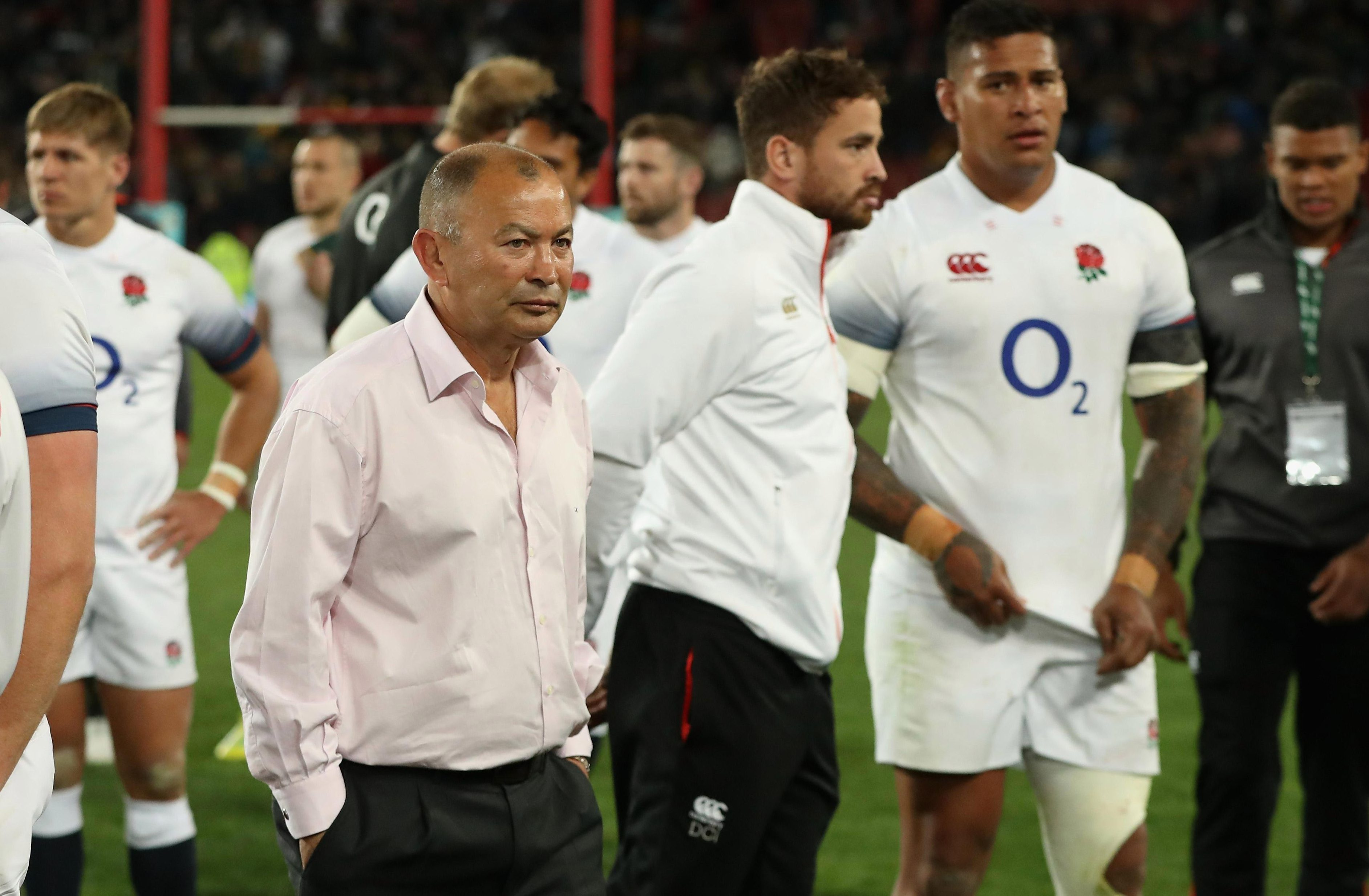 Eddie Jones' England have been told to behave more like the country's football heroes