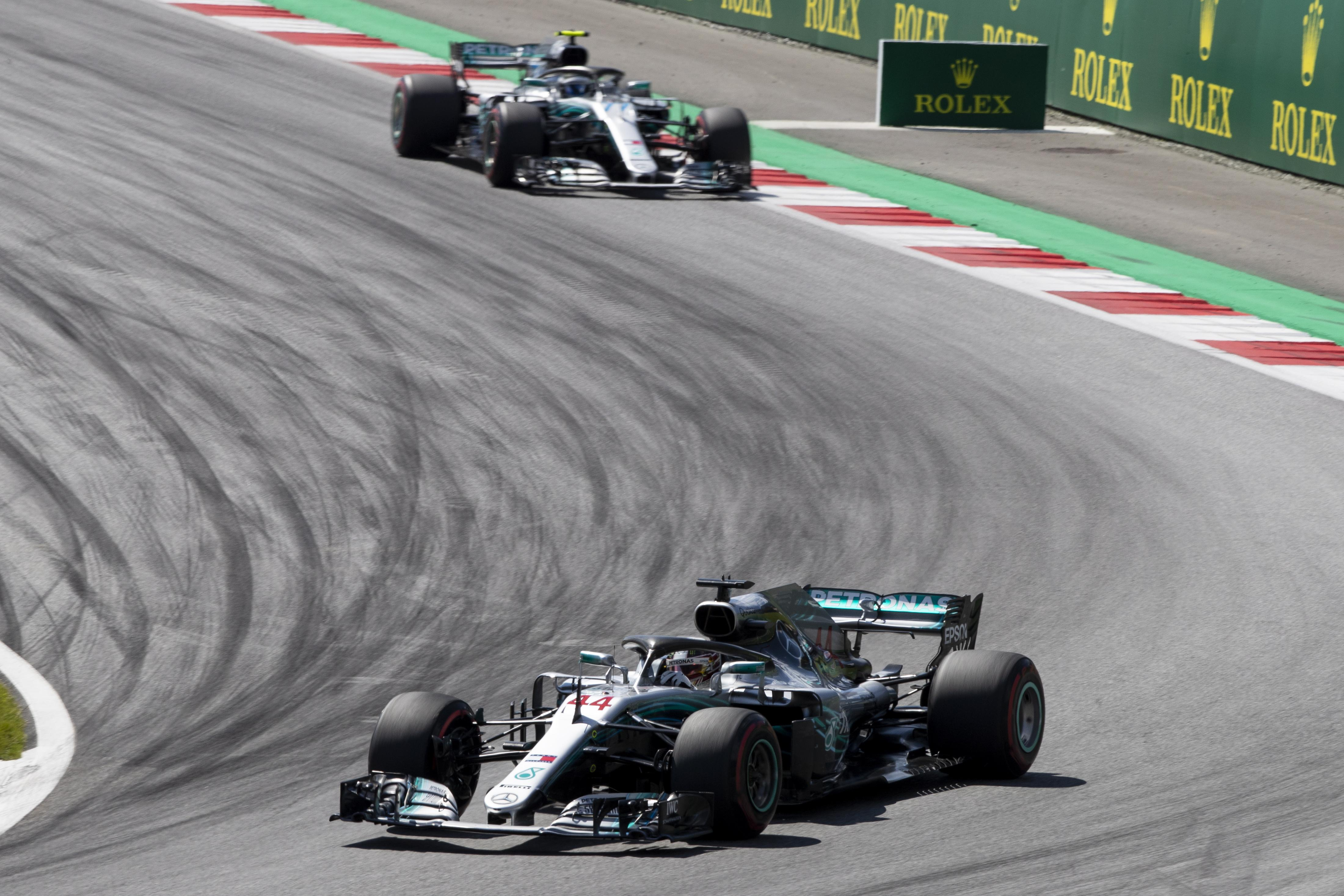 Hamilton complained that Mercedes failed to bring him into the pits during a Virtual Safety Car following his team-mate Valtteri Bottas' retirement