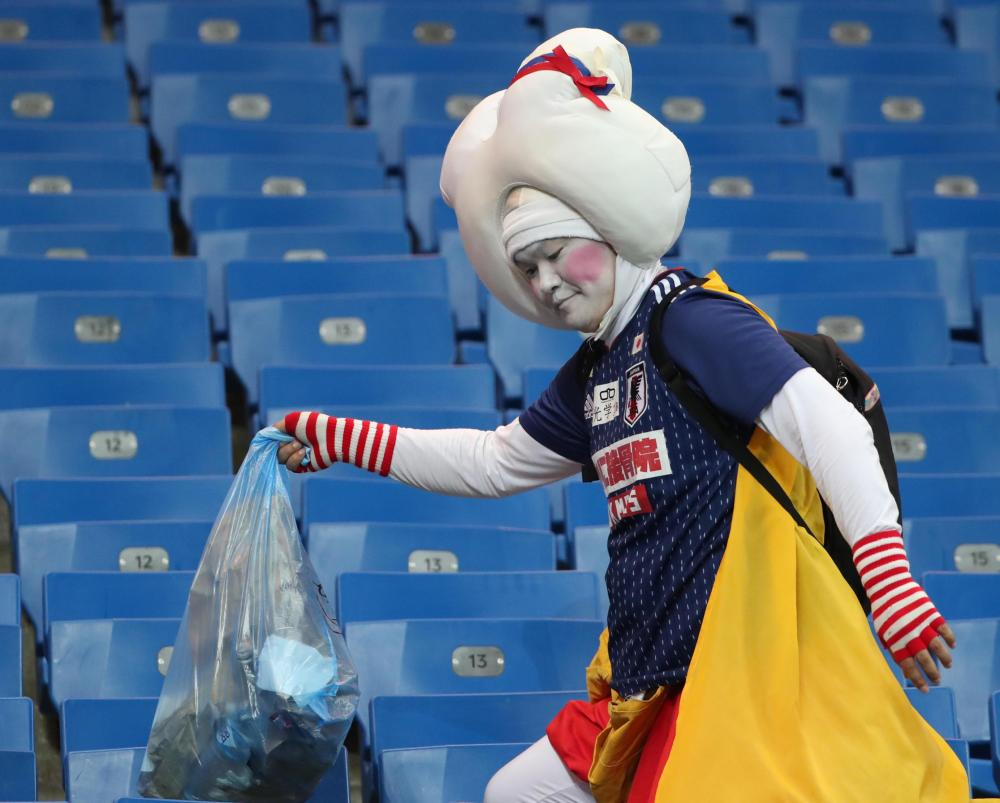 Japan also tidied the stadium after their game against Colombia