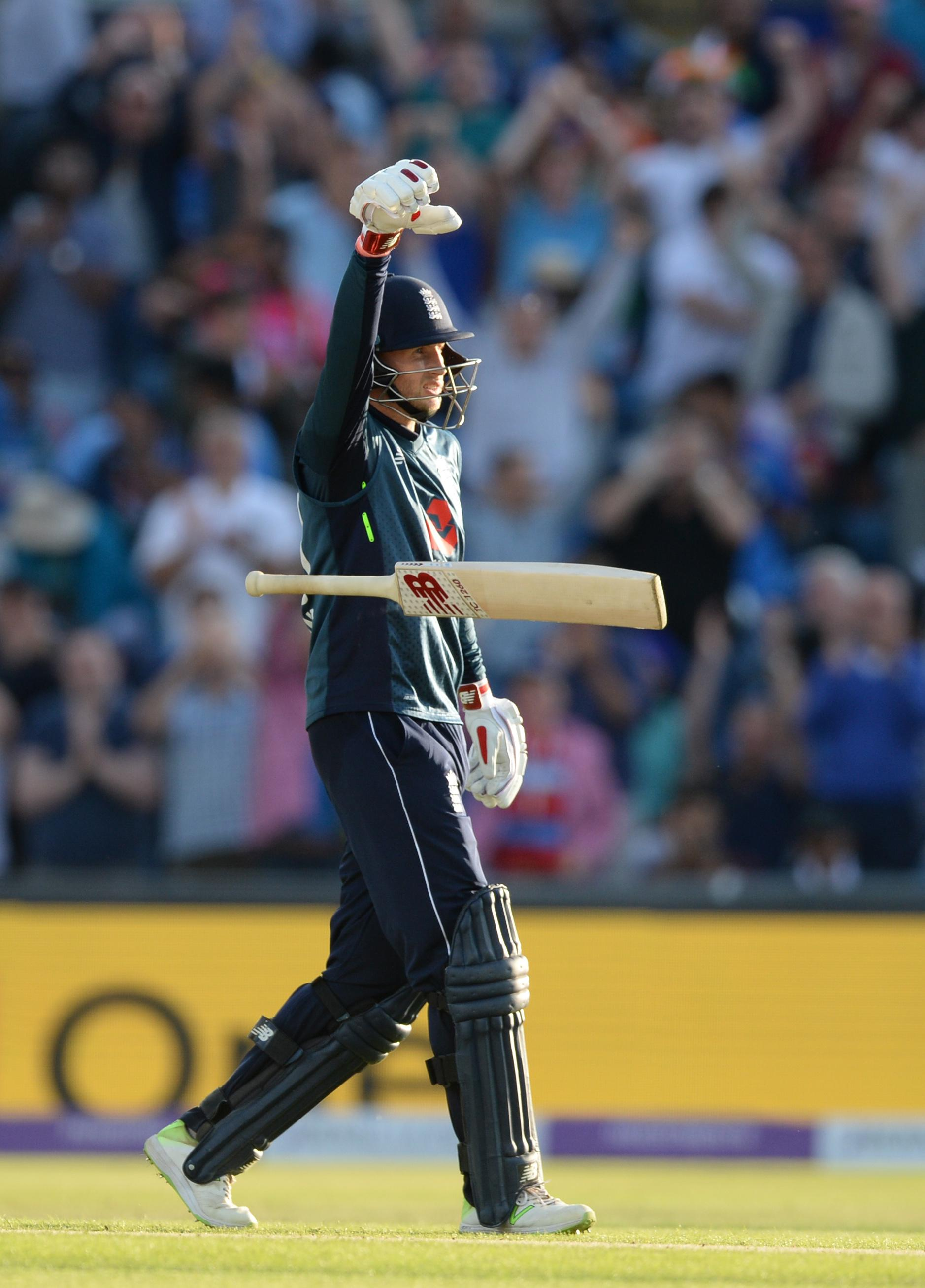 Root walks off at Headingly with a century his name