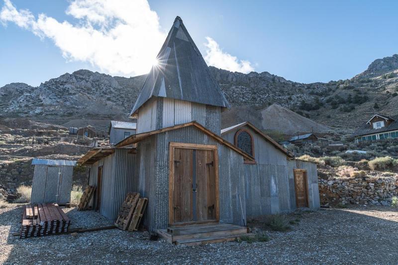 Around 20 rundown buildings still stand in the old mining town of Cerro Gordo