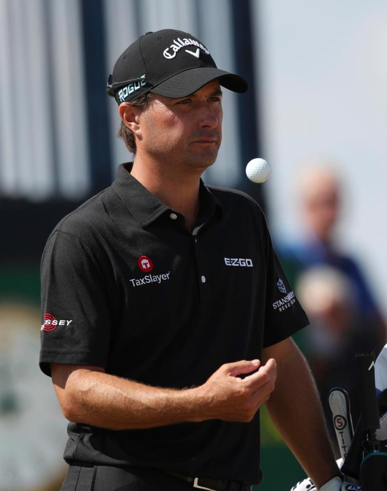 Kevin Kisner leads The Open after day one in Carnoustie