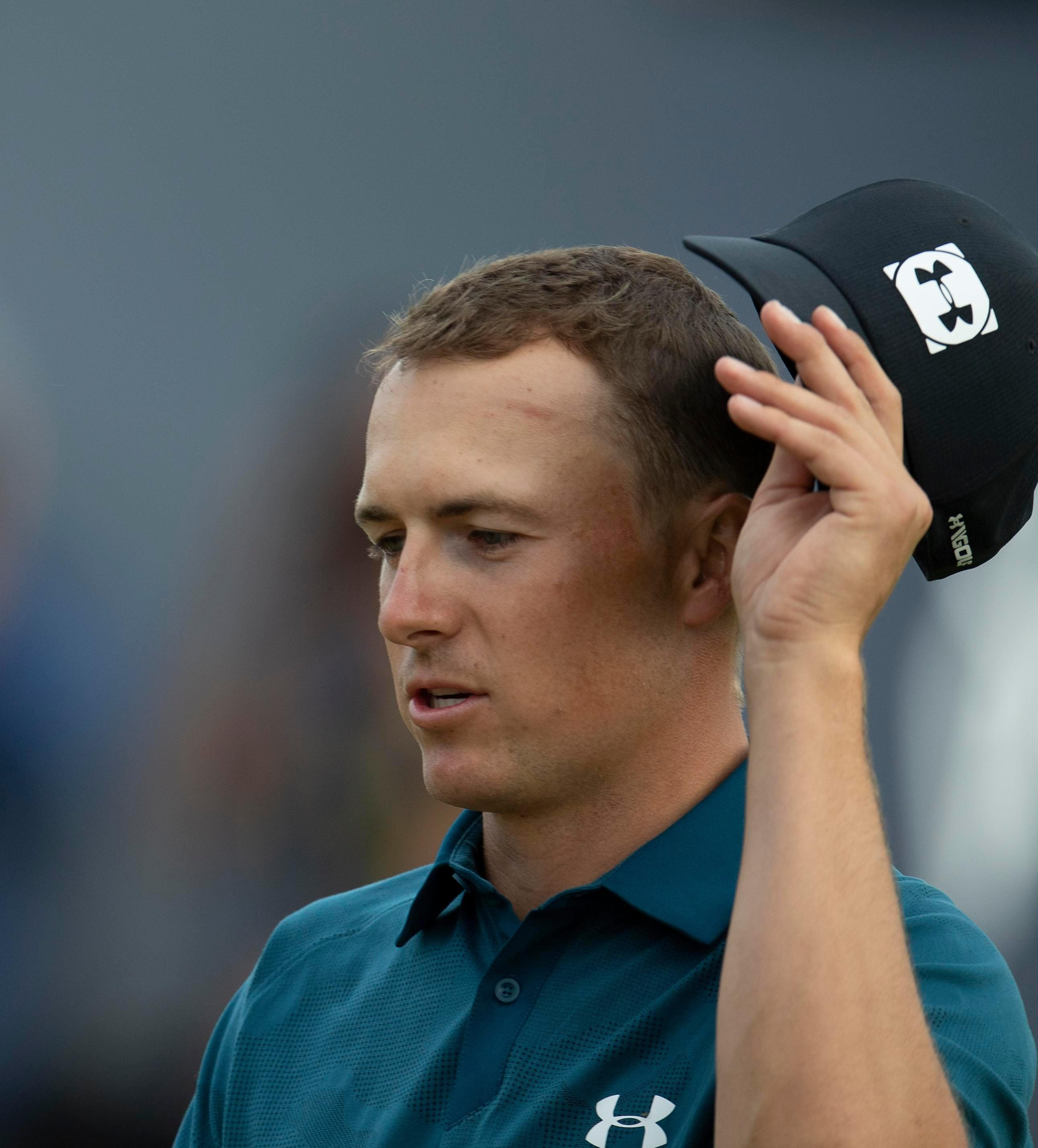 Jordan Spieth took a weight off his shoulders quite literally with this haircut