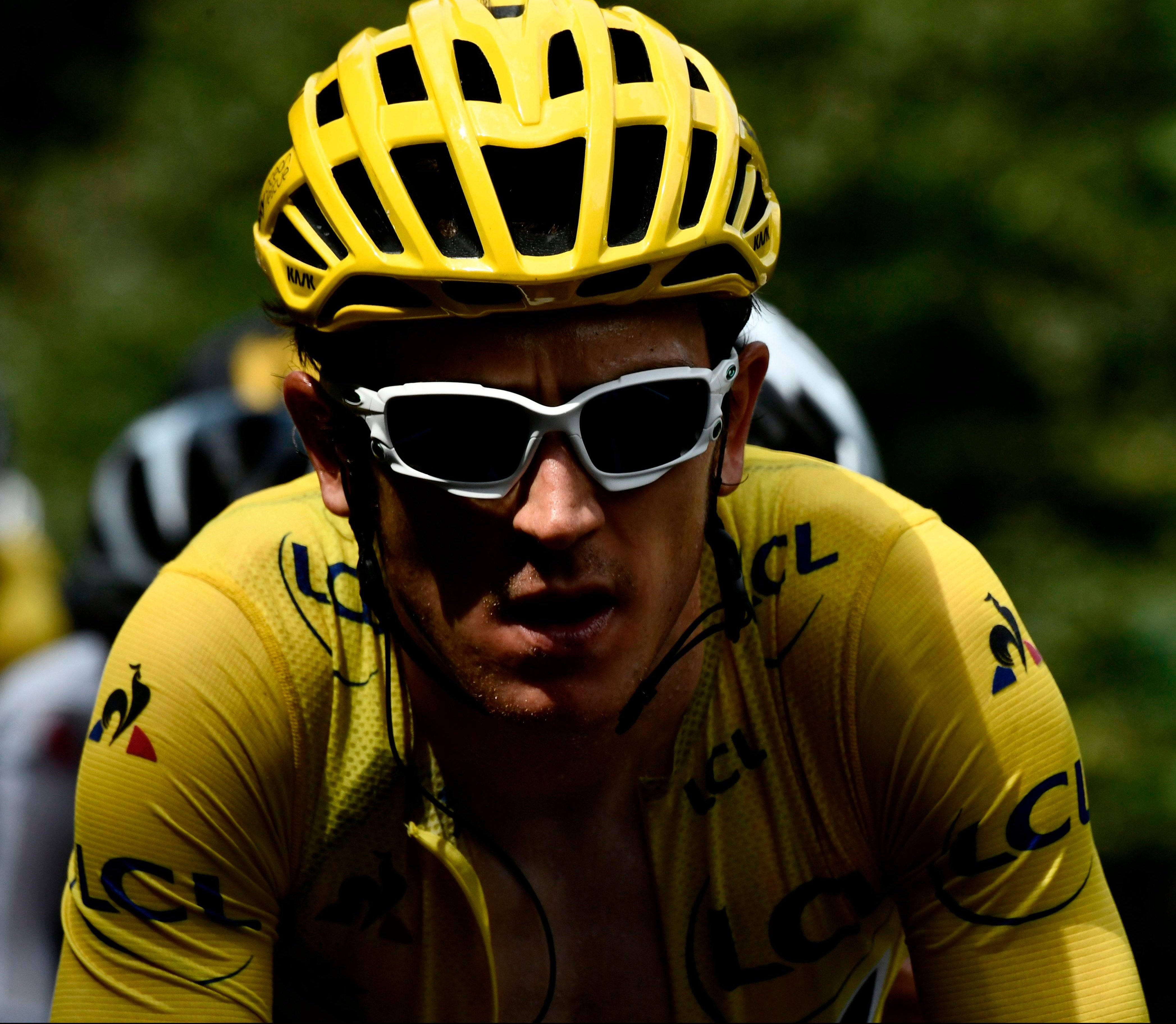 Welshman Geraint Thomas needs to hold his nerve on the time trial to set up a final stage victory procession on the road to Paris