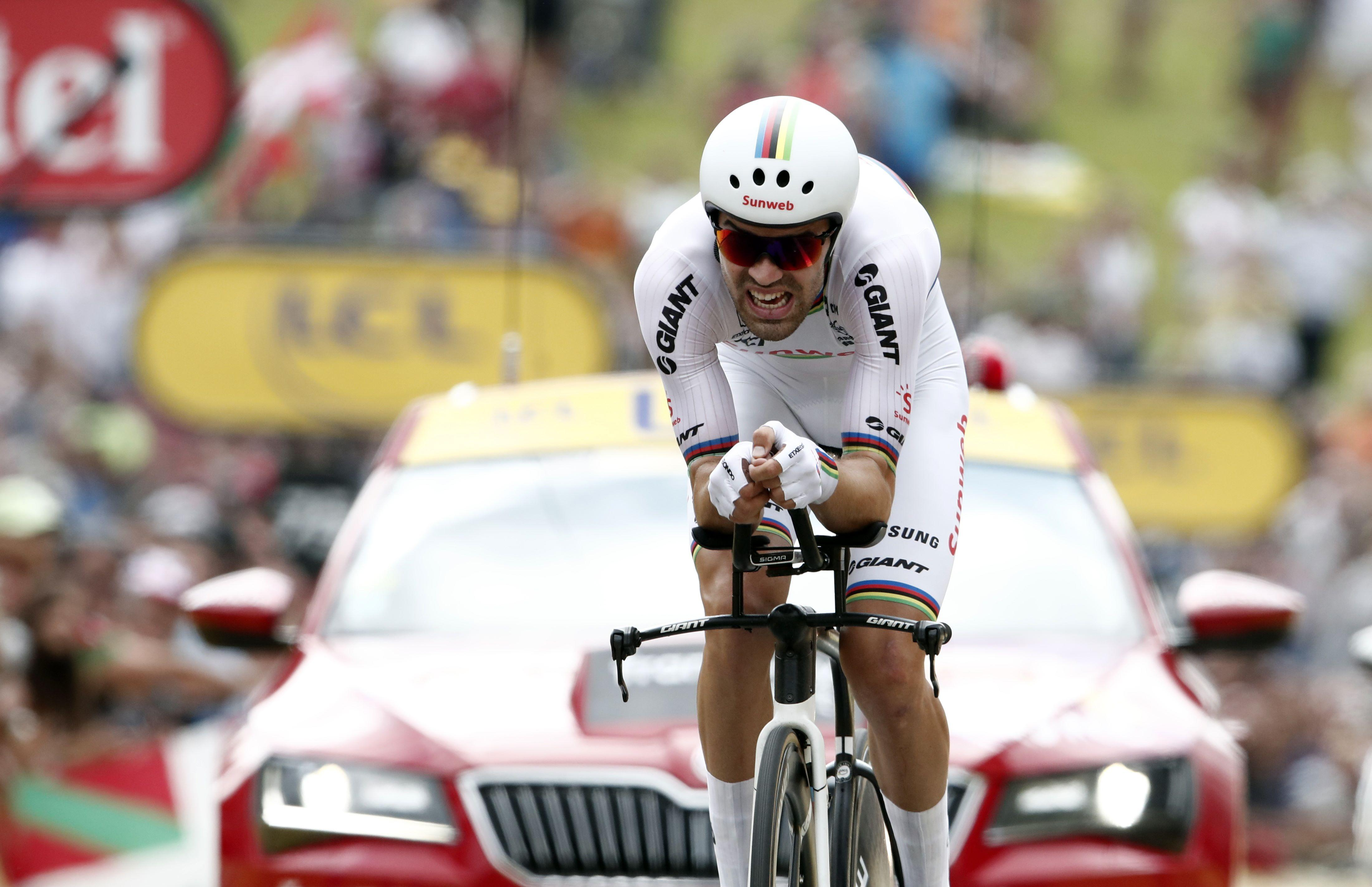 Dumoulin rode in the world champion jersey, as the best Time Trial rider at the moment