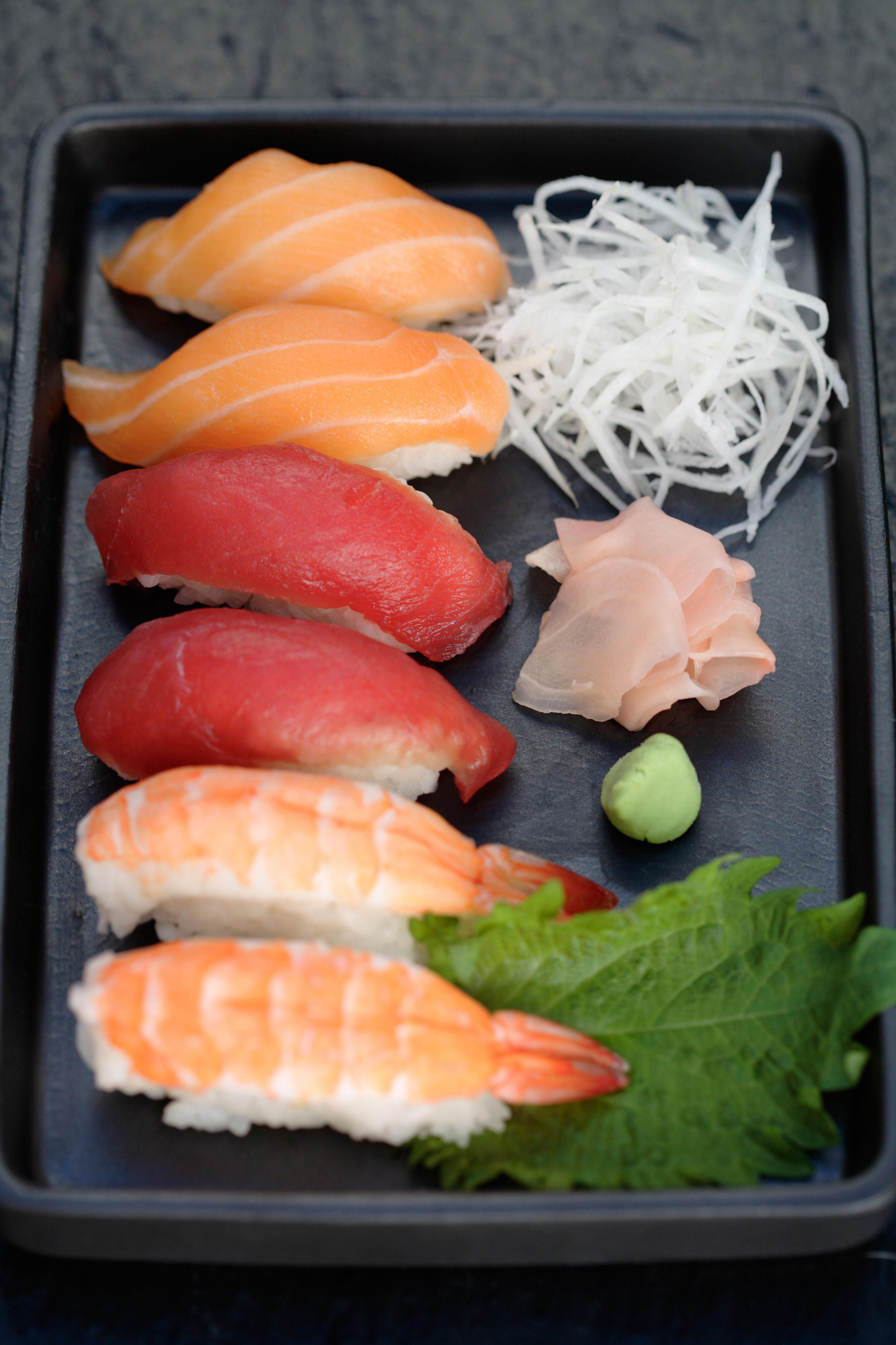 Muzza devours big helpings of sushi for breakfast