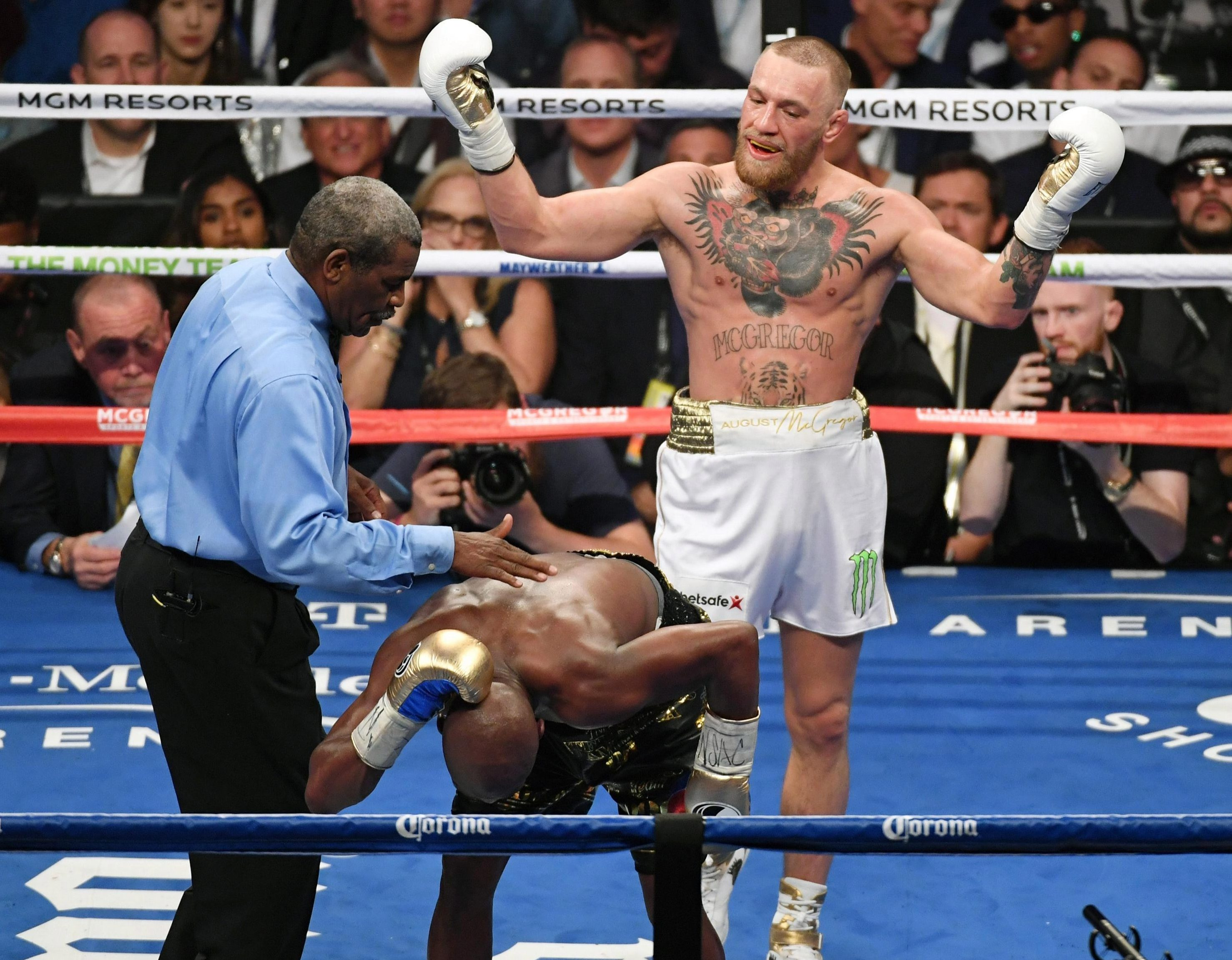 Conor McGregor sparked a war of words with old foe Floyd Mayweather after being invited to train in his gym
