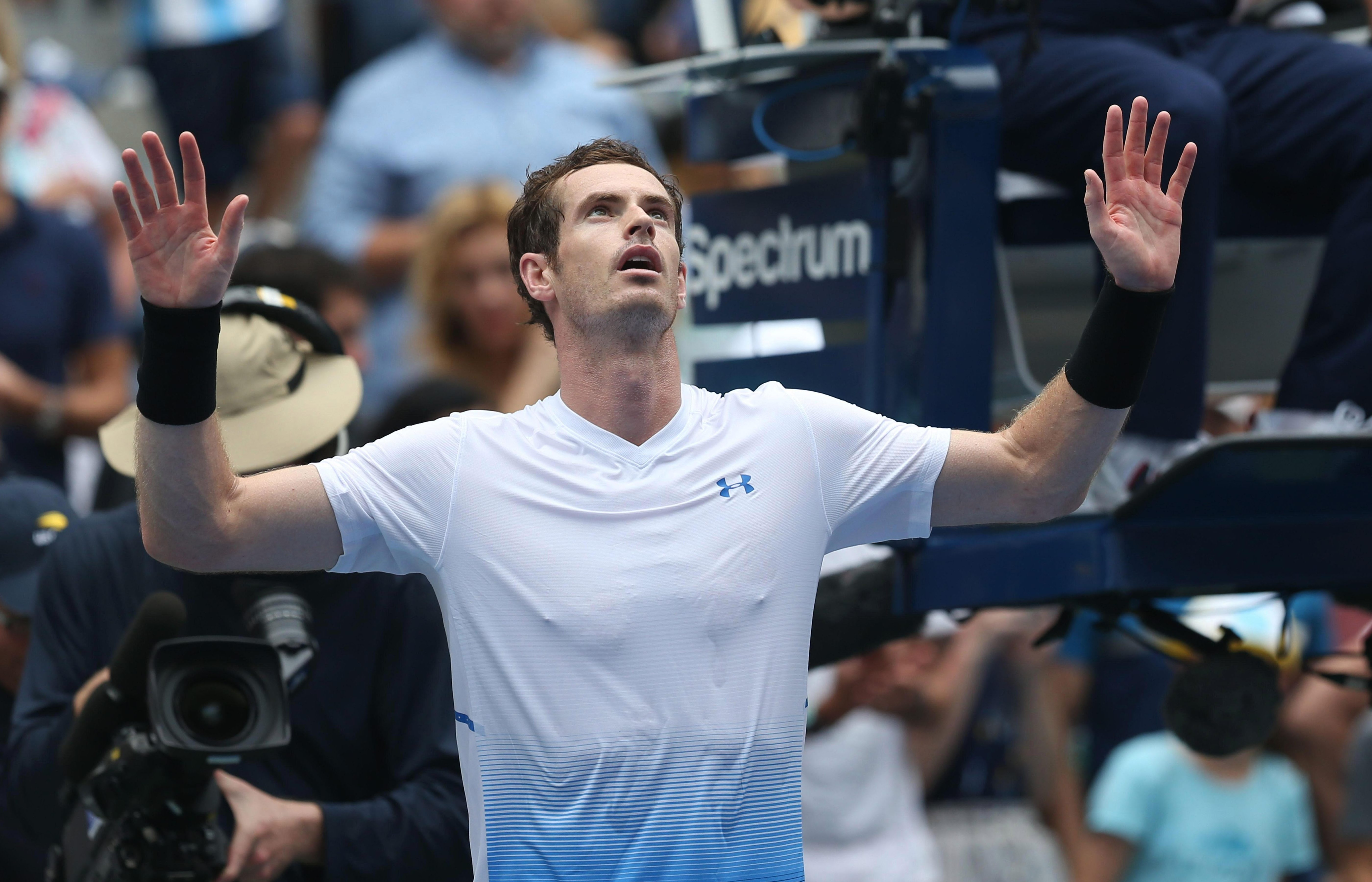 Andy Murray is battling the stifling US Open heat with a special diet that includes lots of sushi, bacon and eggs