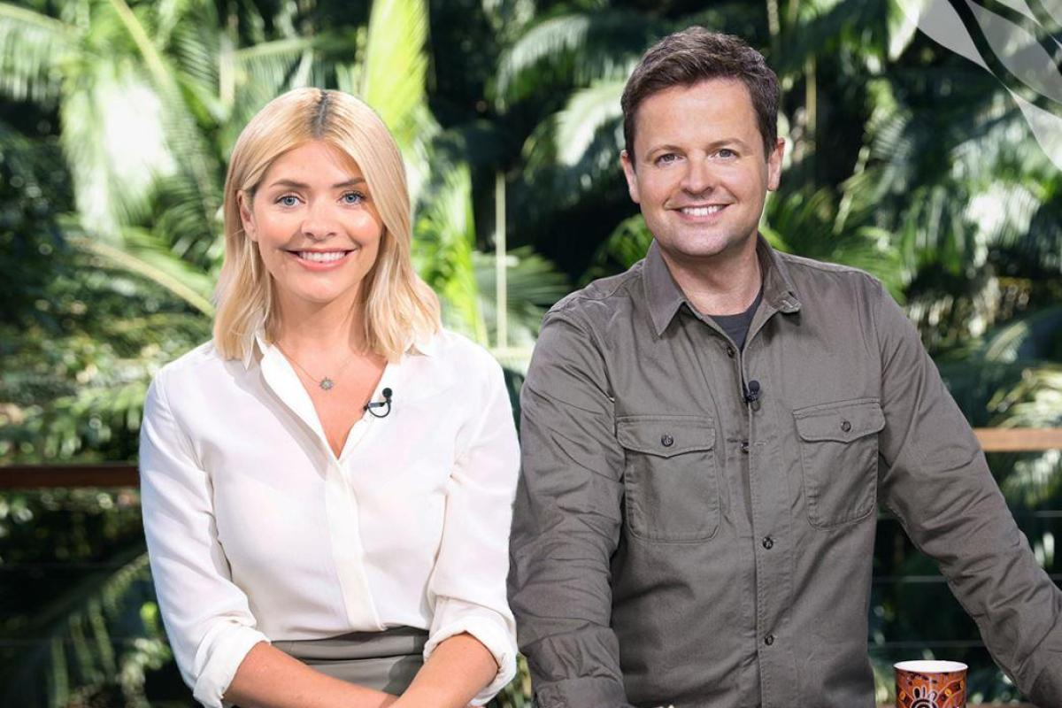 What is holly willoughby 39 s net worth businesses deals and for 1 800 2 sell homes reviews