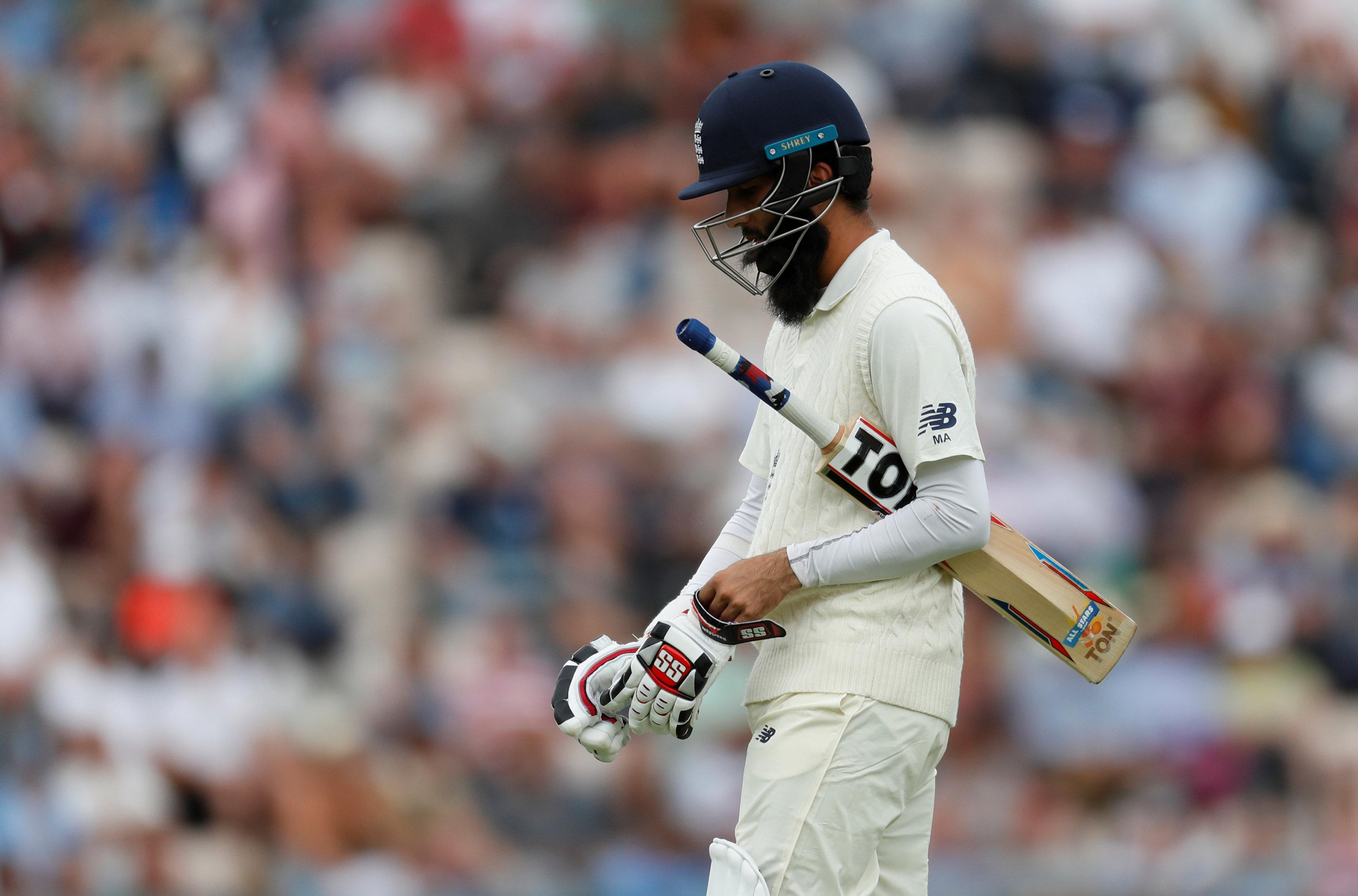 Moeen Ali hit a much-needed 40 as he built a partnership with Curran