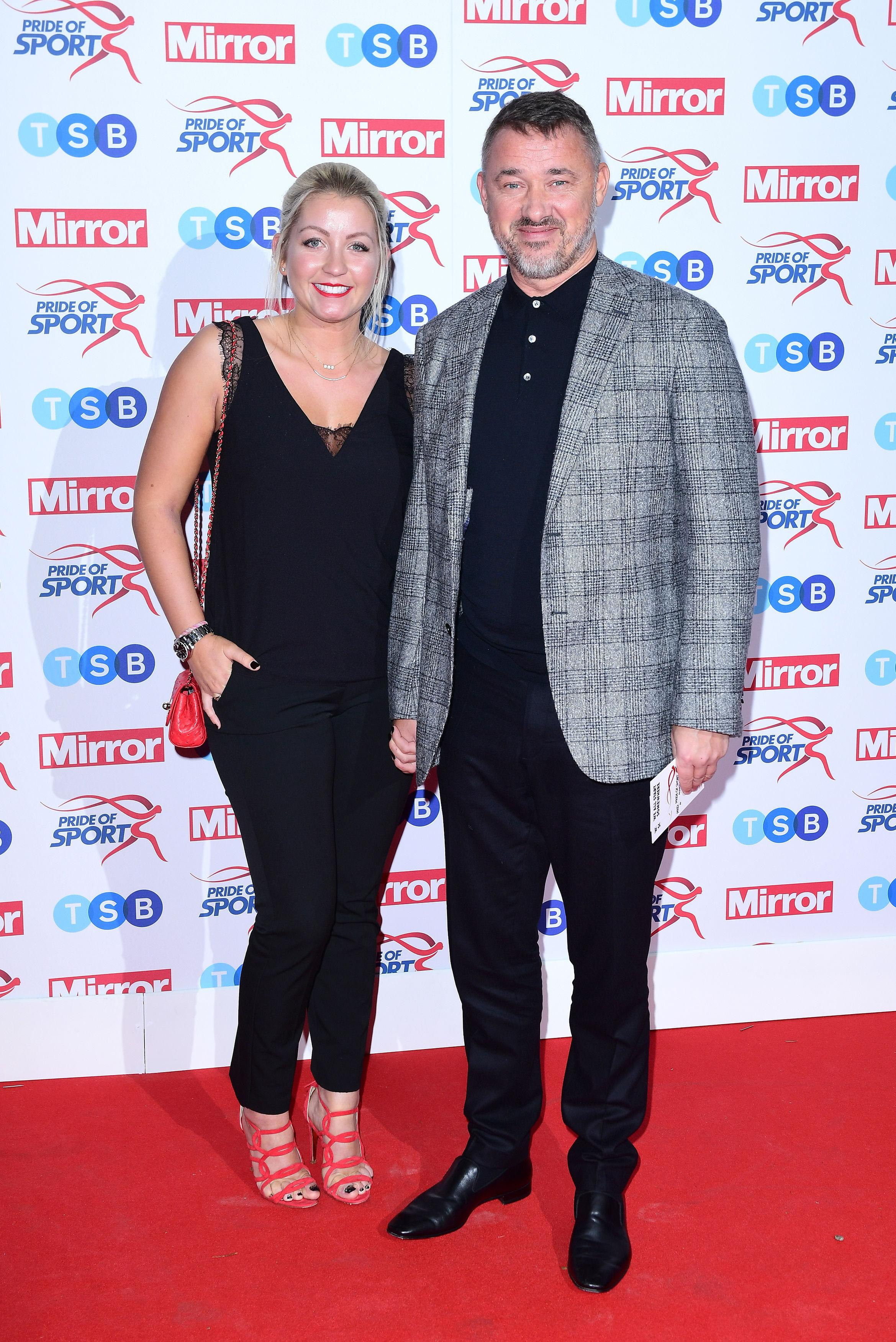Stephen Hendry is currently dating Lauren Thundow, who is 20 years younger than the snooker legend