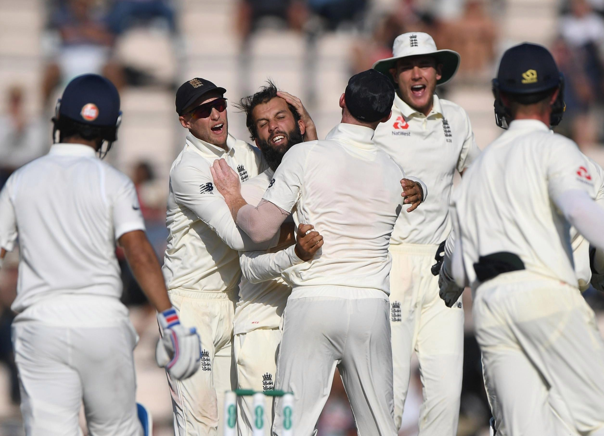 Moeen Ali inspired to England to victory with a superb flurry of wickets