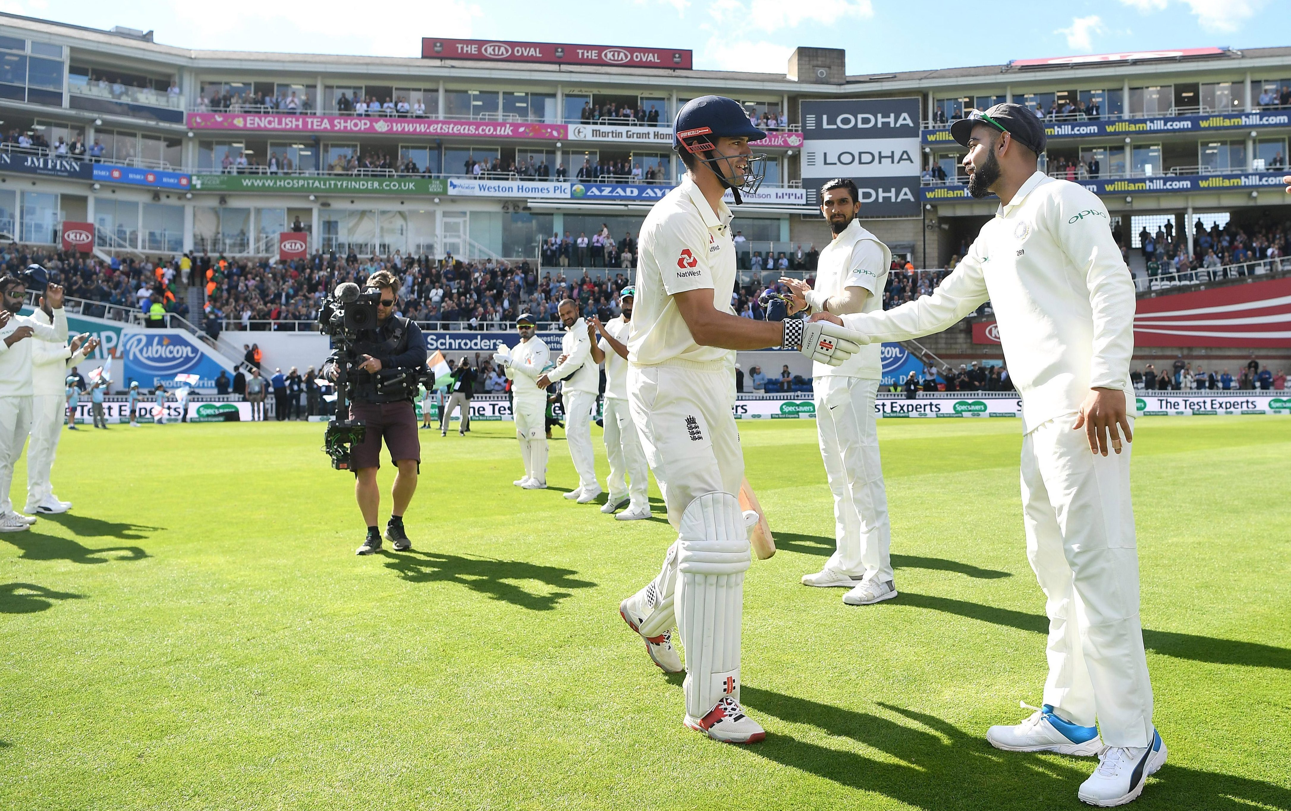 India's team made a guard of honour for the retiring legend, with skipper Virat Kohli shaking his hand