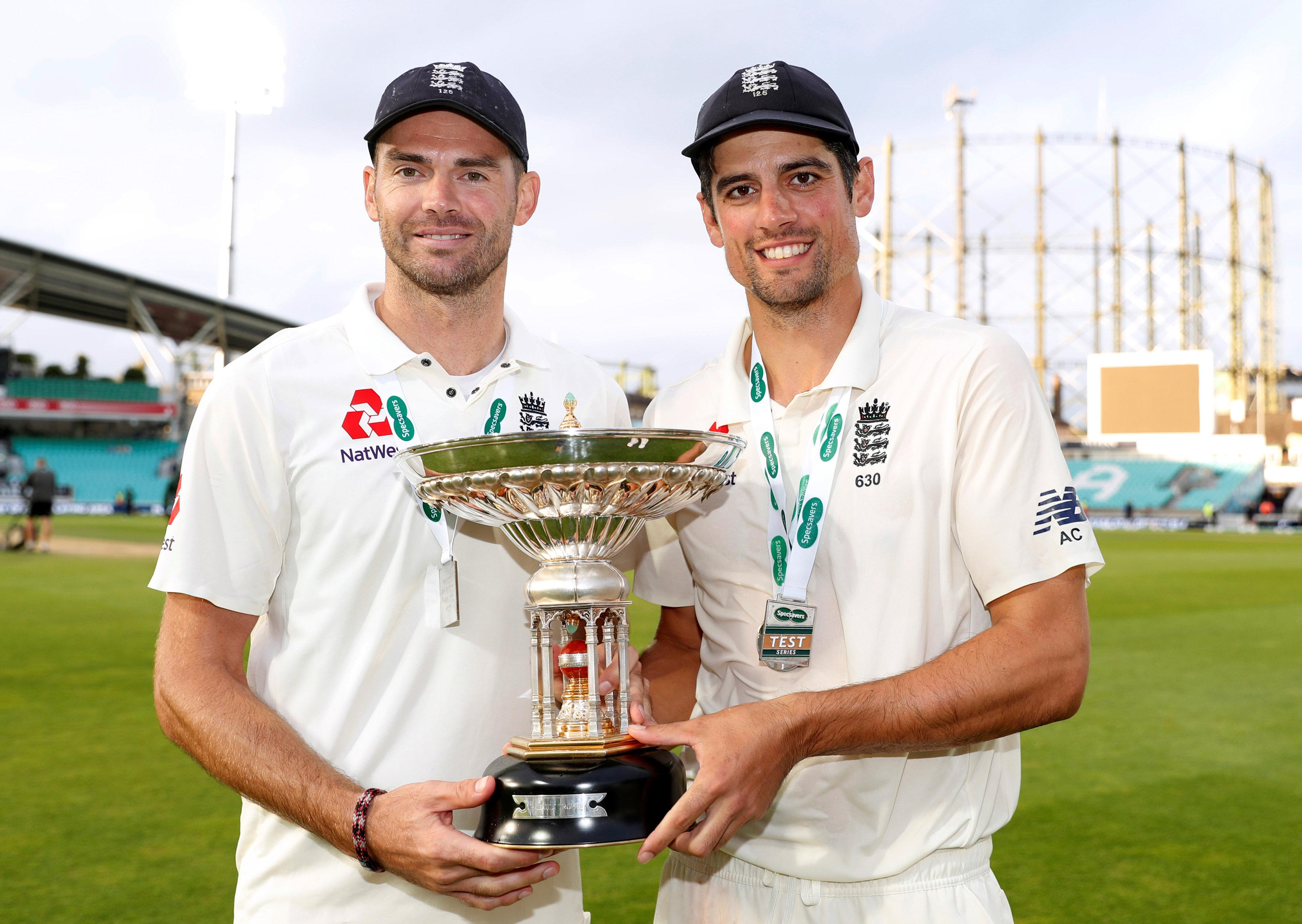 James Anderson and Alistair Cook celebrate win over India