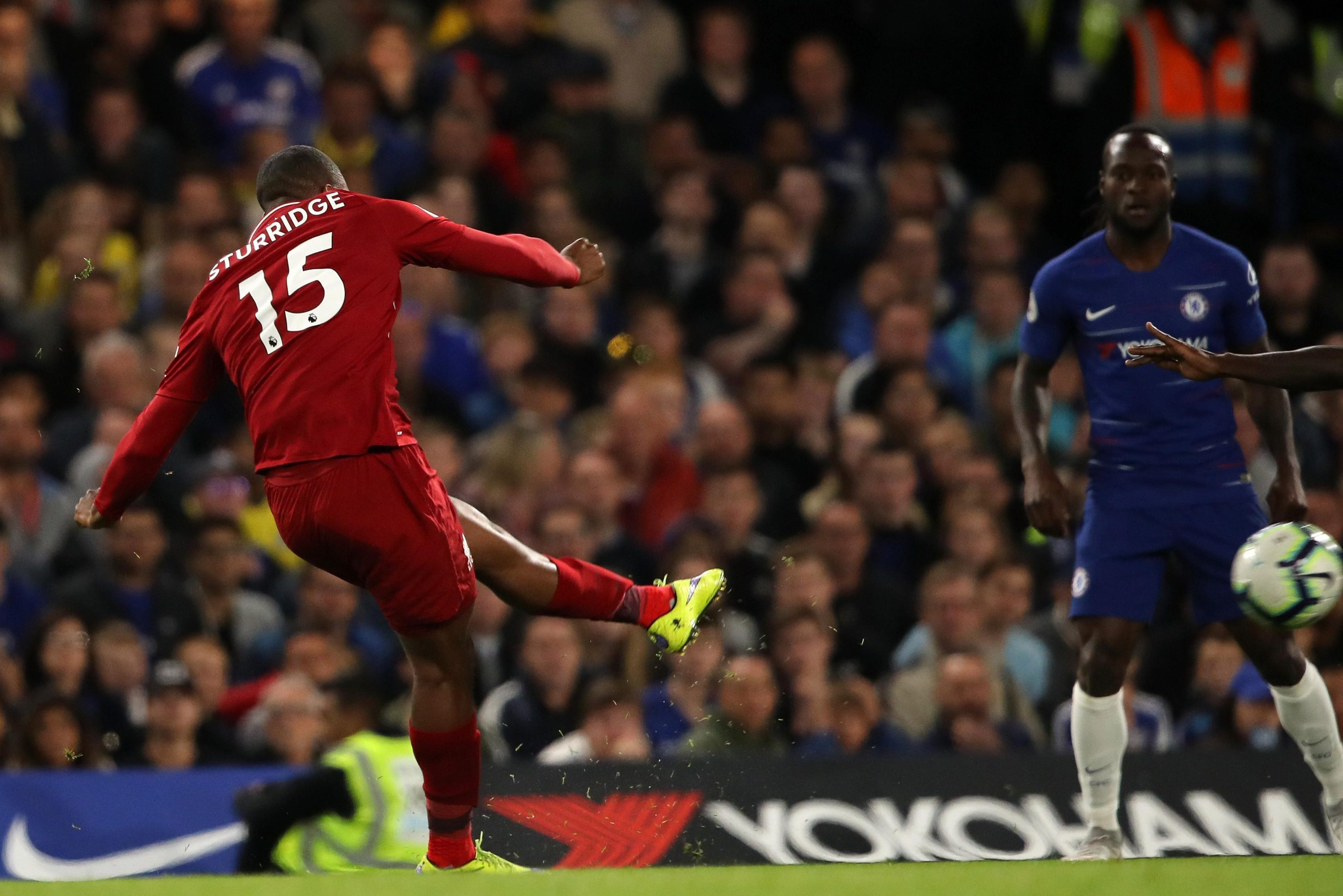 Daniel Sturridge earned Liverpool a point with a late screamer at Chelsea