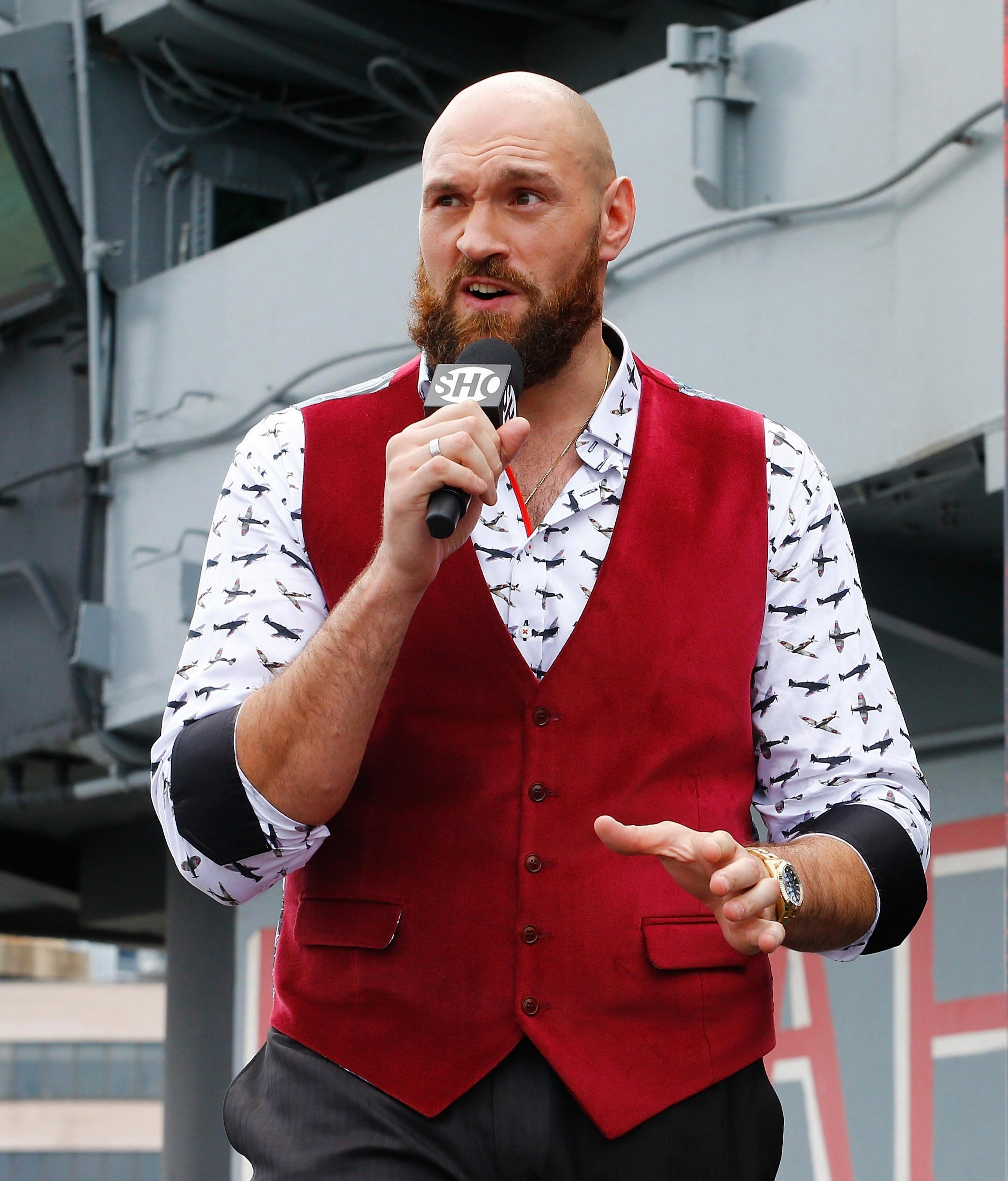 Tyson Fury has jumped straight to the front of the queue and will fight Deontay Wilder on December 1